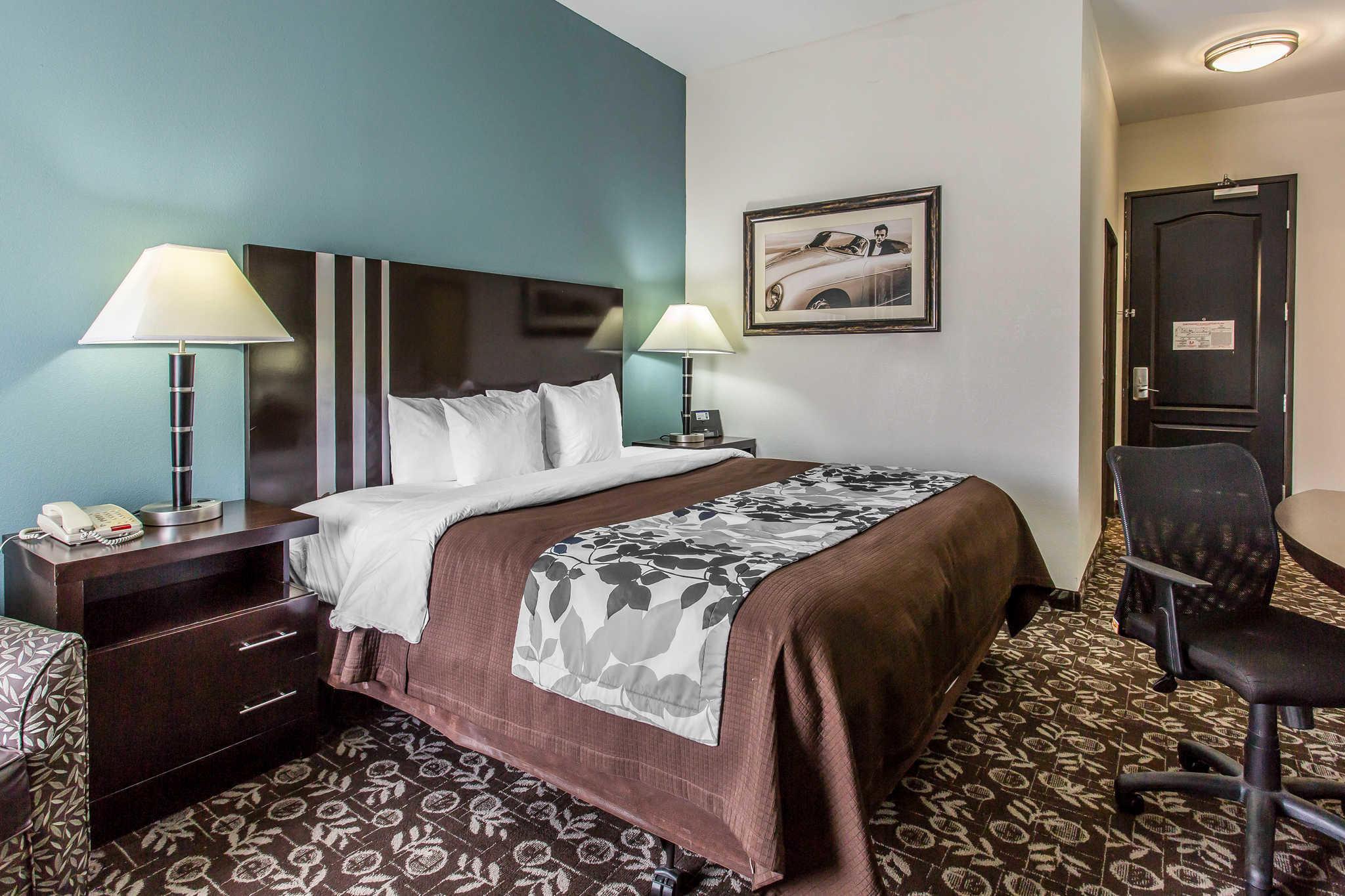 Sleep Inn & Suites West Medical Center image 11