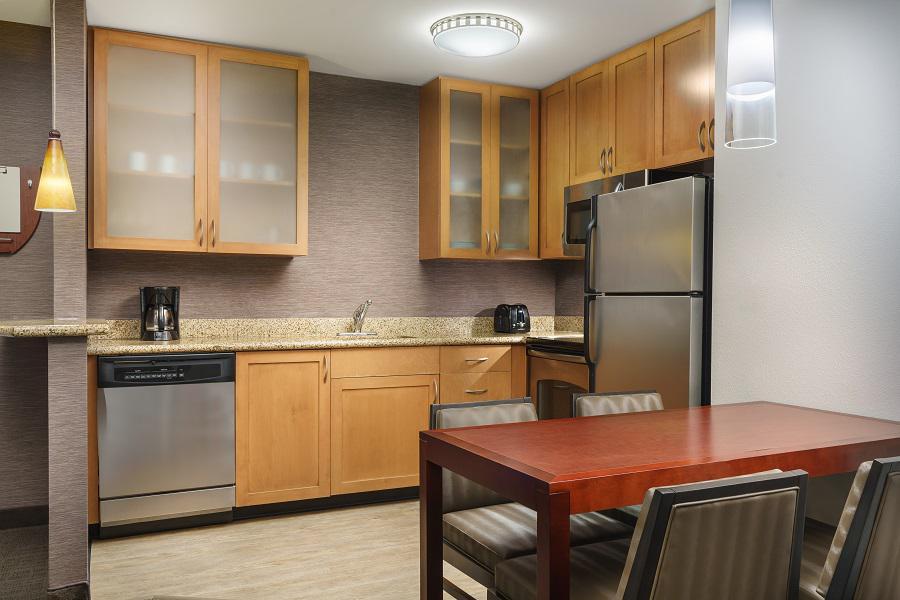 Residence Inn by Marriott Charleston North/Ashley Phosphate image 24