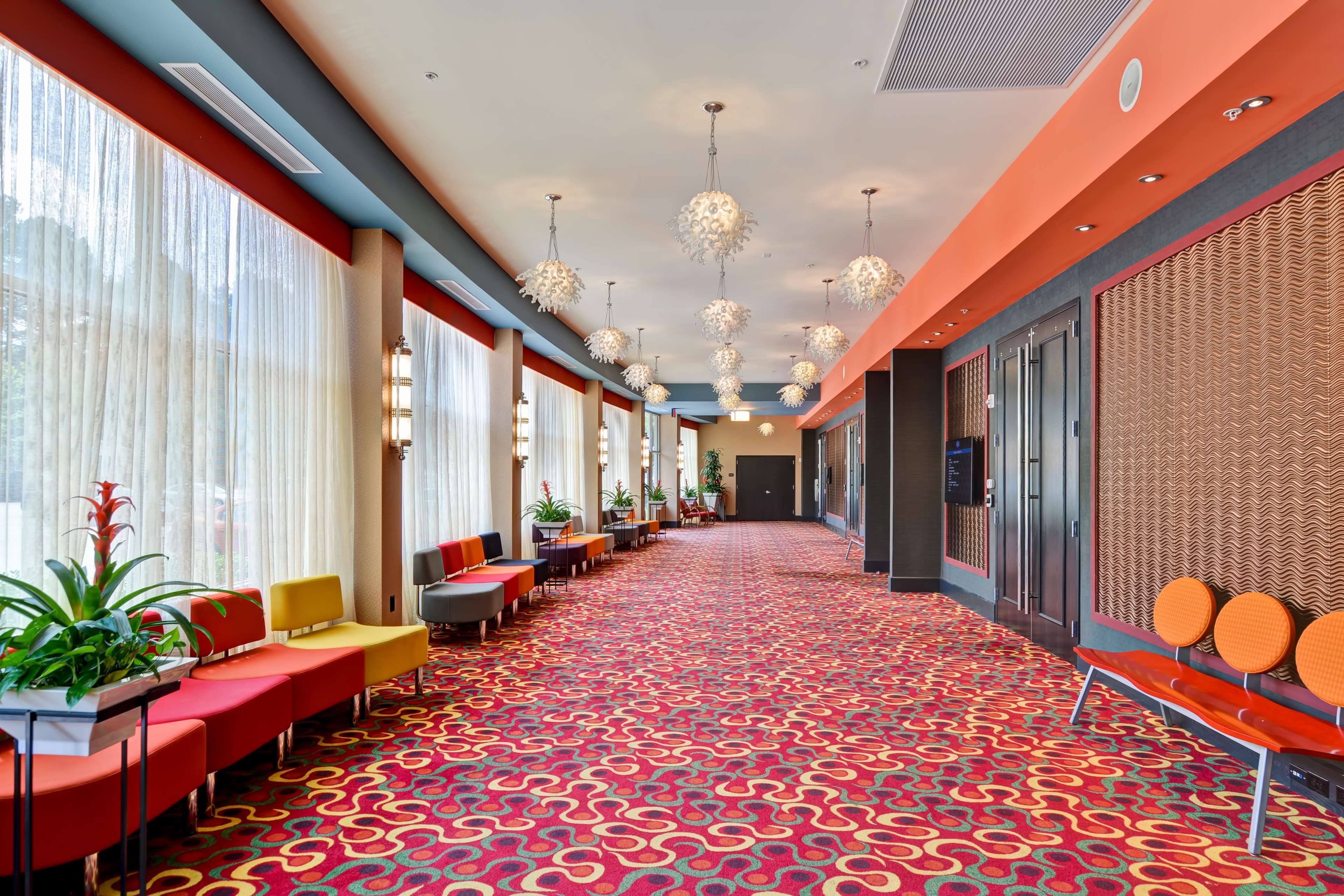 Hampton Inn & Suites Raleigh/Crabtree Valley image 38