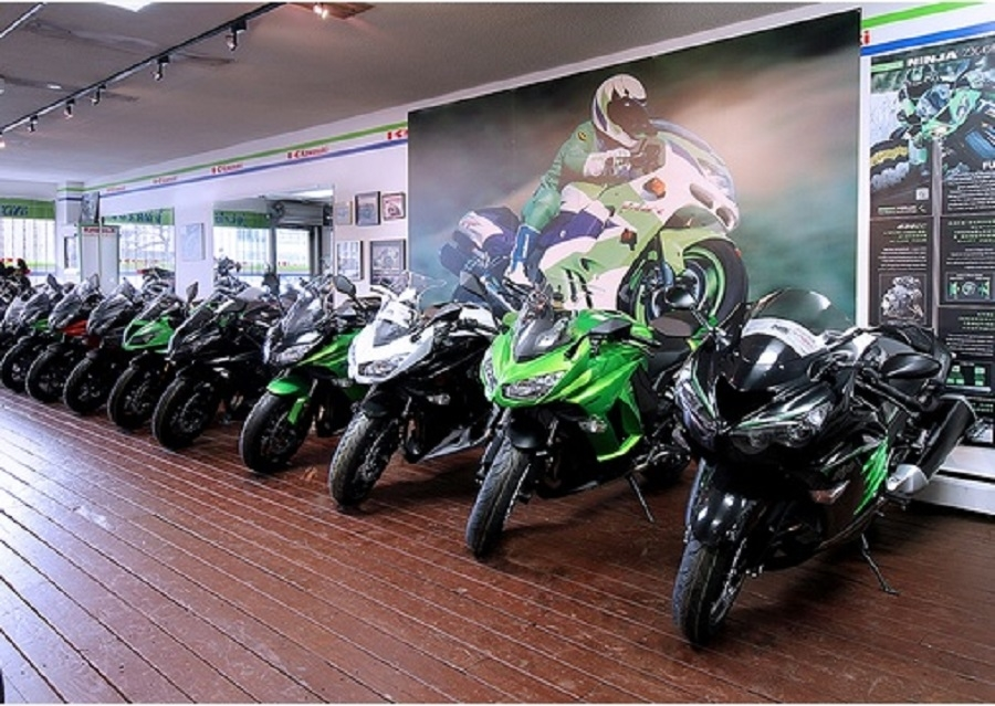 Burnaby Kawasaki in Burnaby: Sales Department Showroom