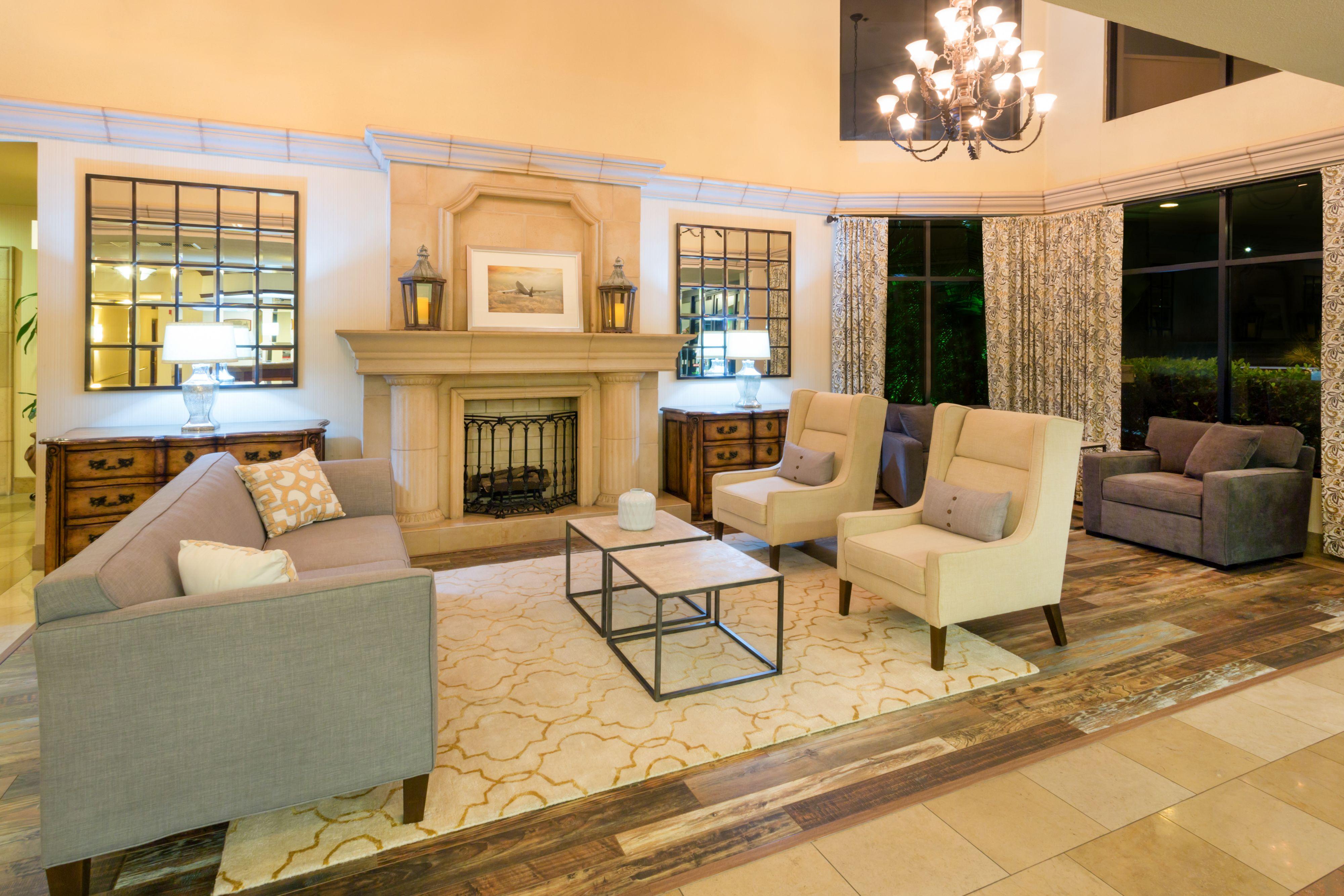 Holiday Inn Santa Ana-Orange Co. Arpt image 5
