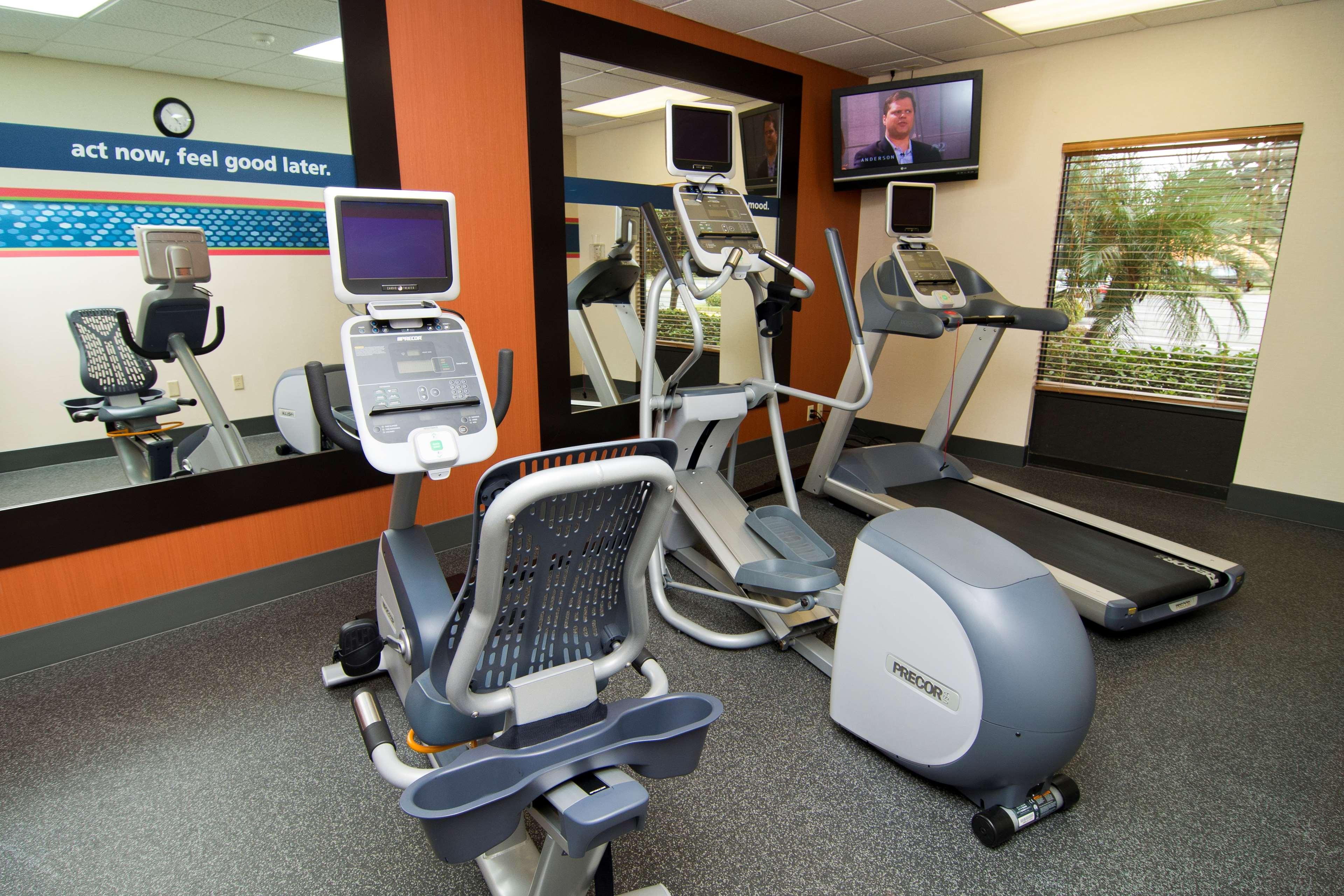 Hampton Inn & Suites Orlando Intl Dr N image 9