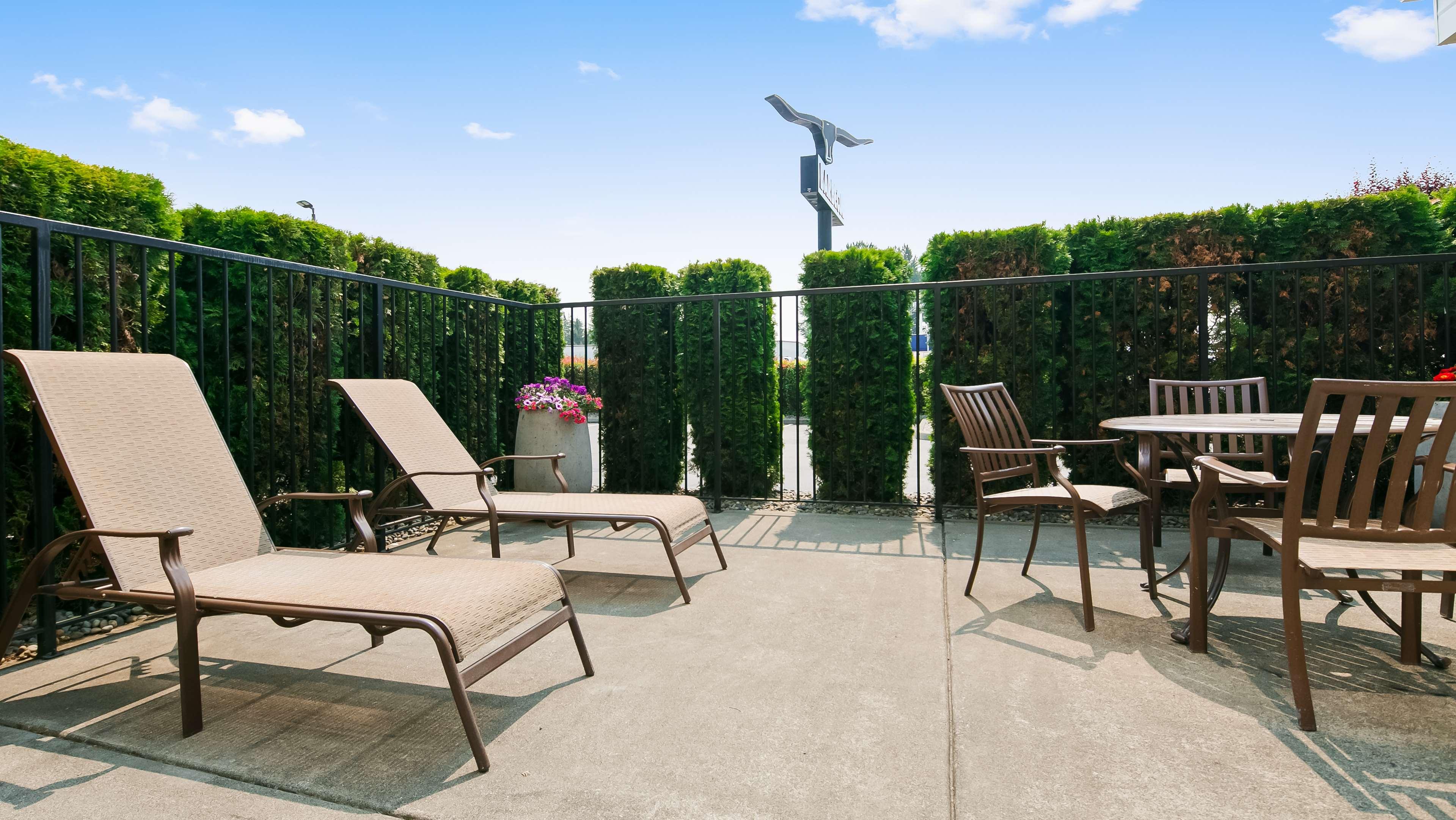 Best Western Plus Mountain View Auburn Inn image 48