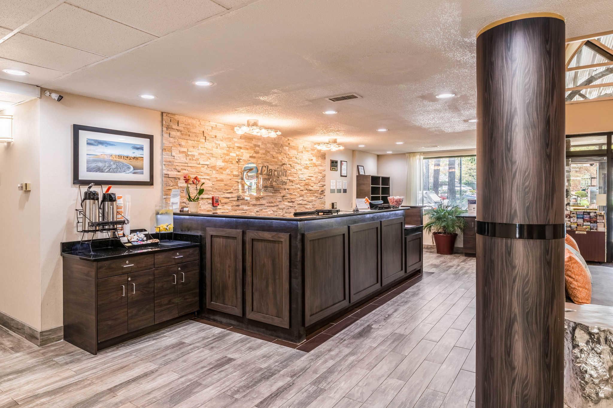 Clarion Inn & Suites image 5