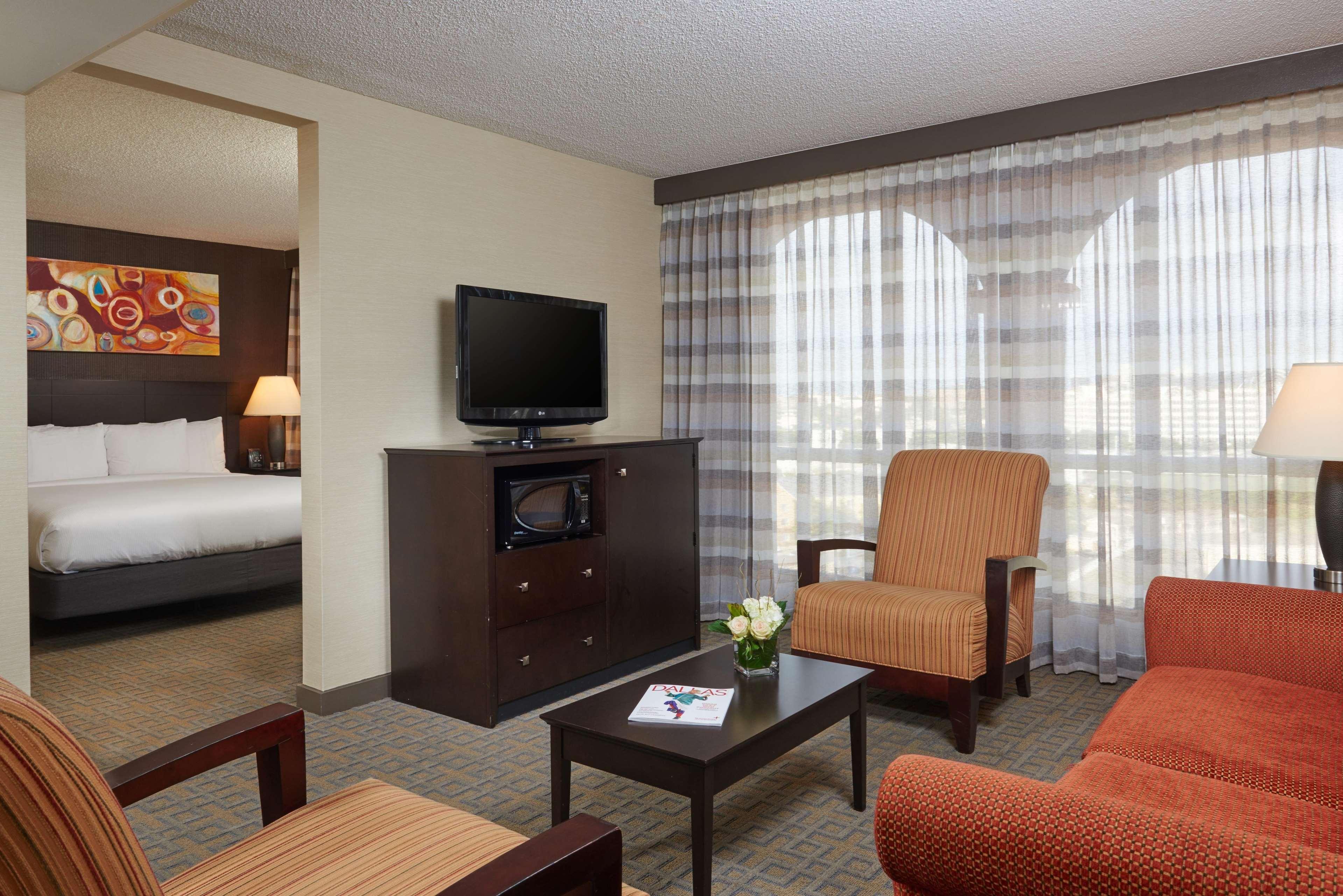 DoubleTree by Hilton Hotel Dallas - Market Center