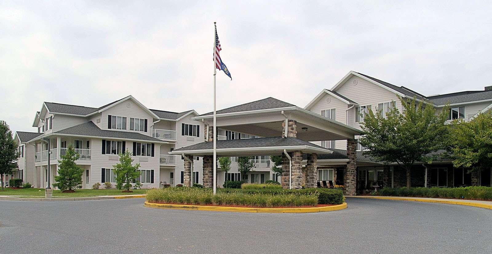 The Manor at Oakridge image 14