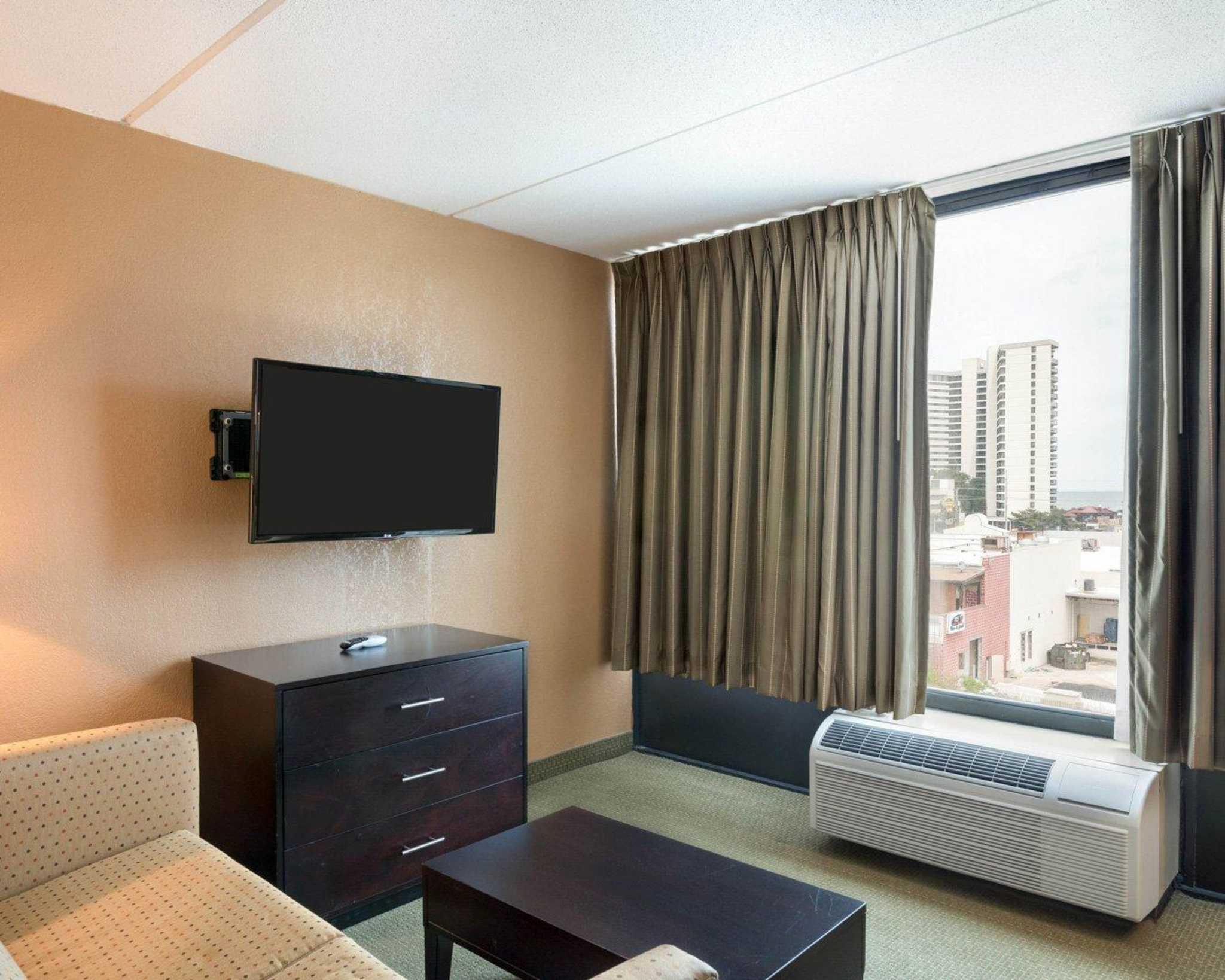 Comfort Inn Gold Coast image 10