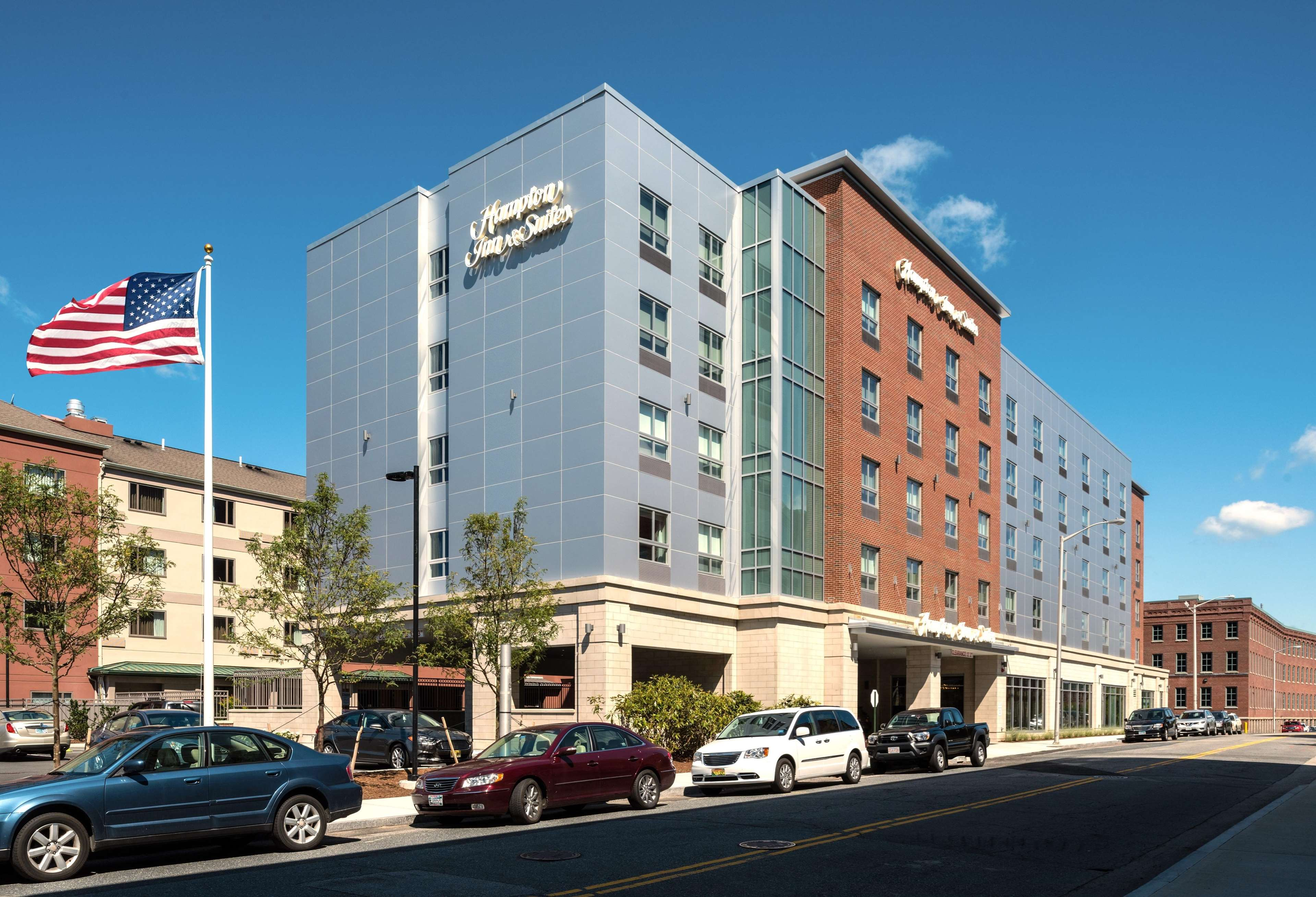 Hampton Inn & Suites Worcester image 40