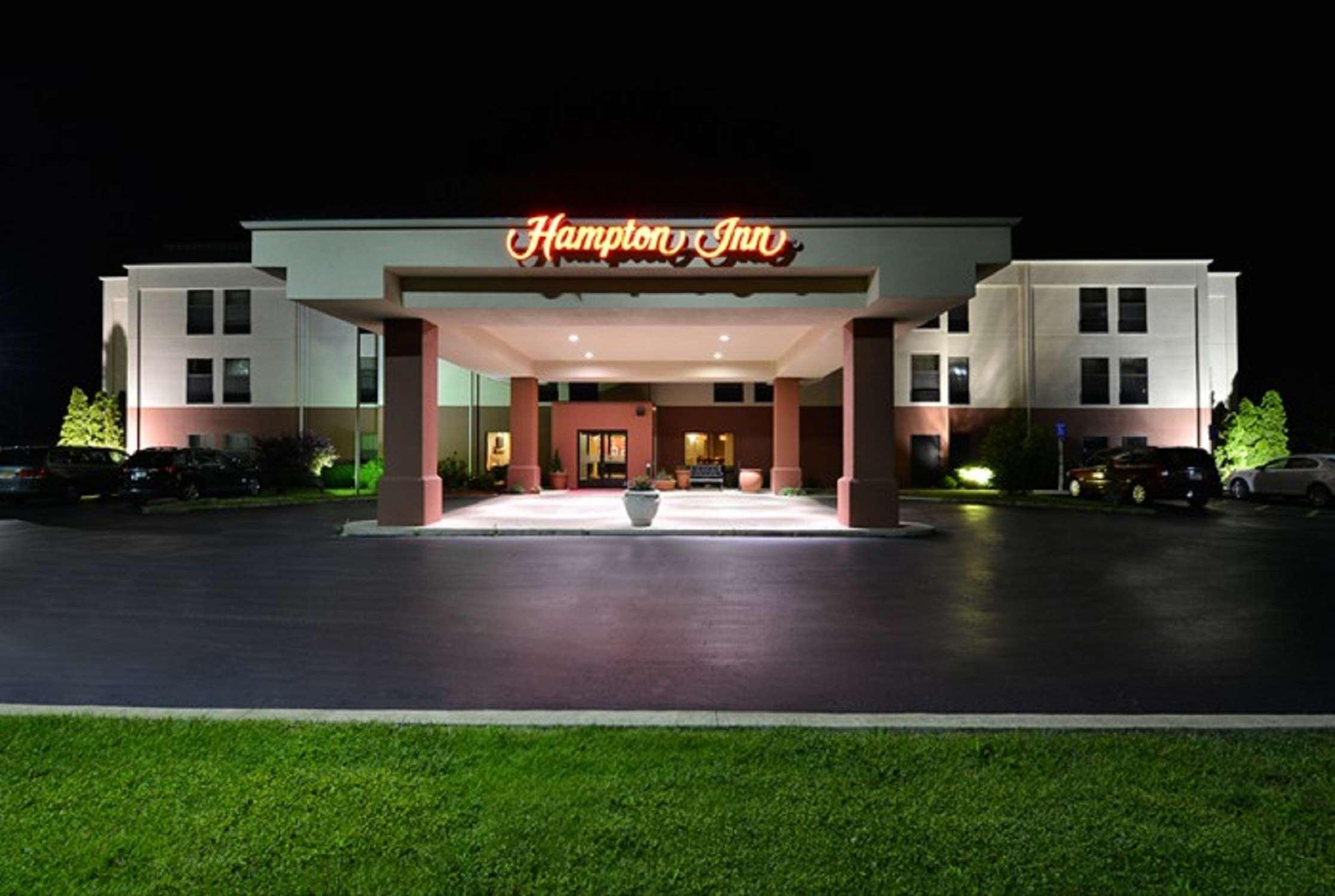 Hampton Inn Sturgis-Lagrange Area image 0