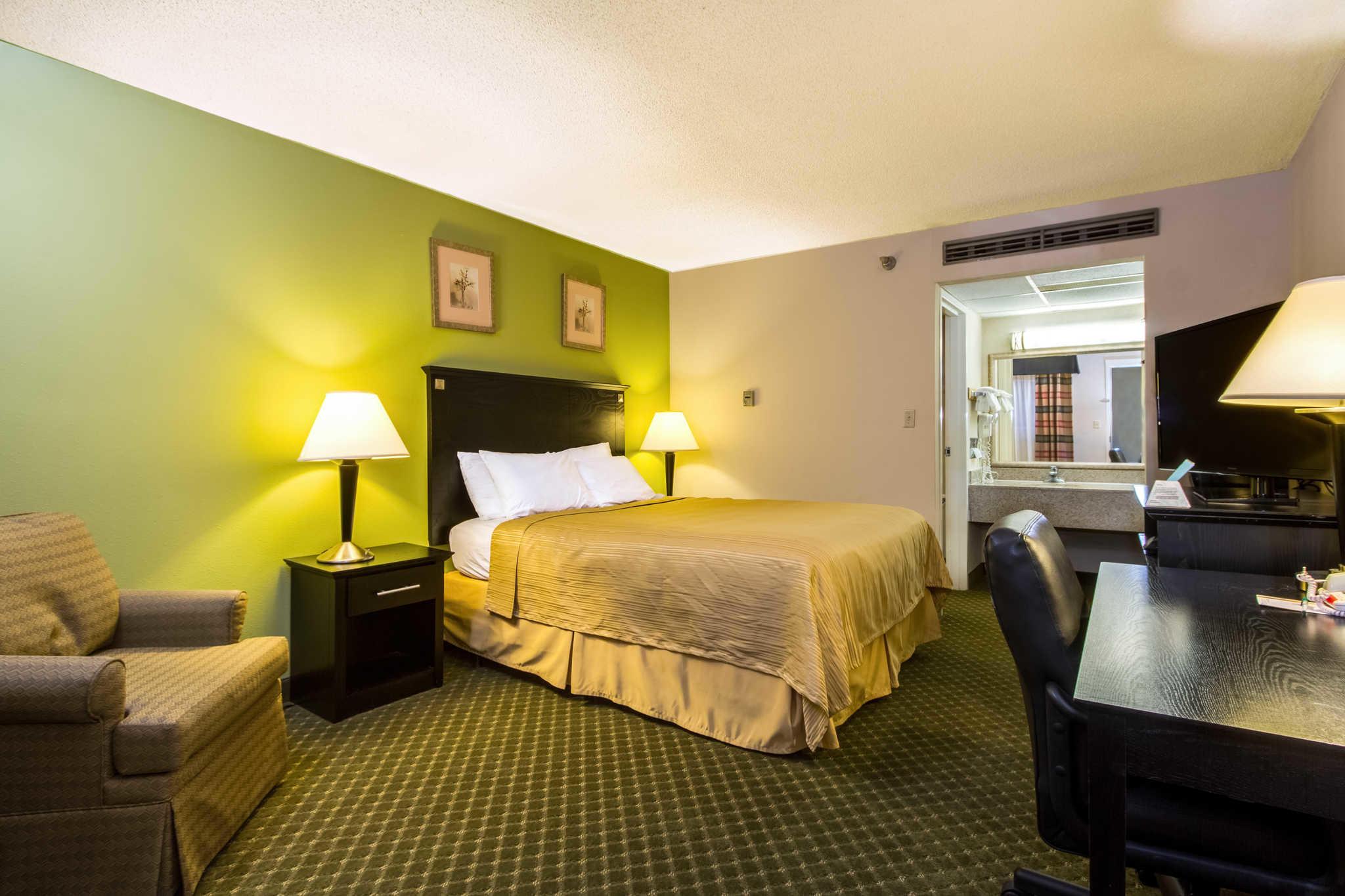 Quality Inn & Suites Moline - Quad Cities image 9