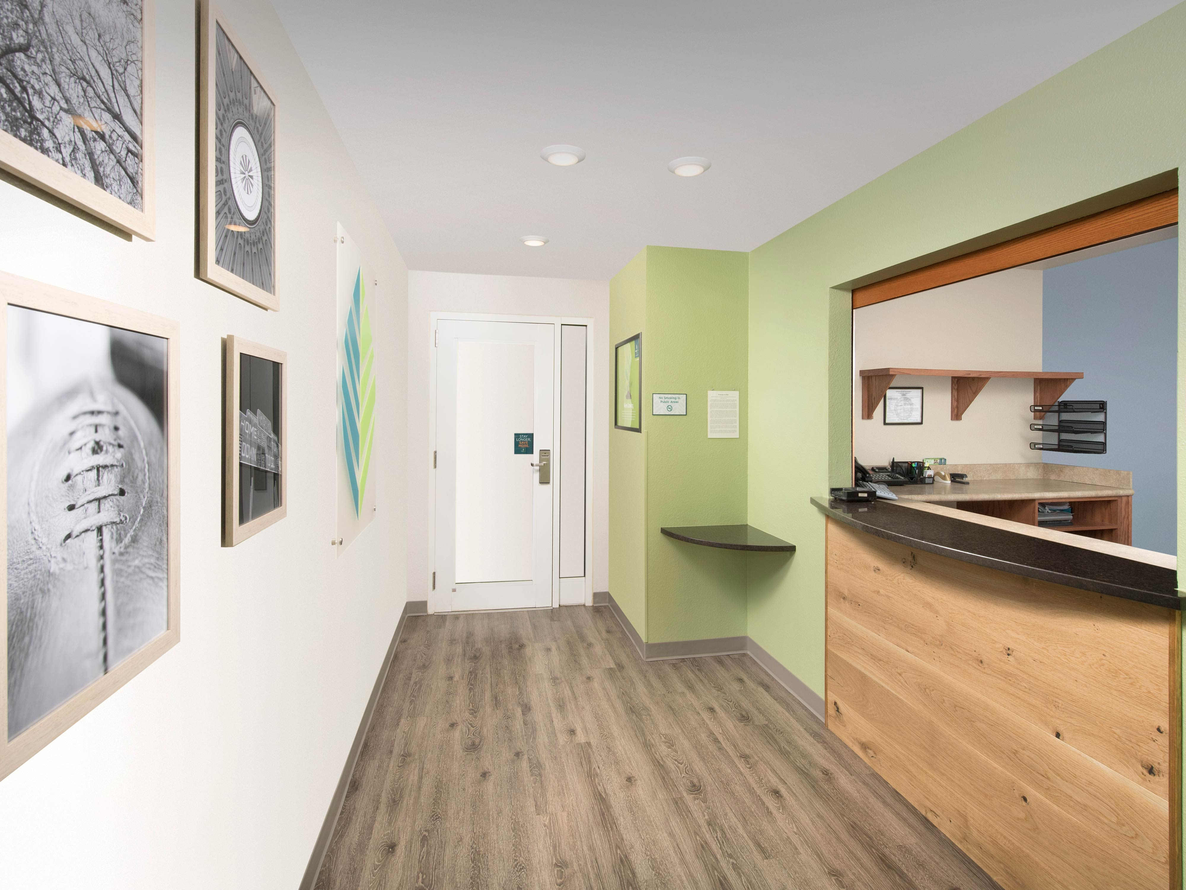 WoodSpring Suites Pensacola Northeast image 16