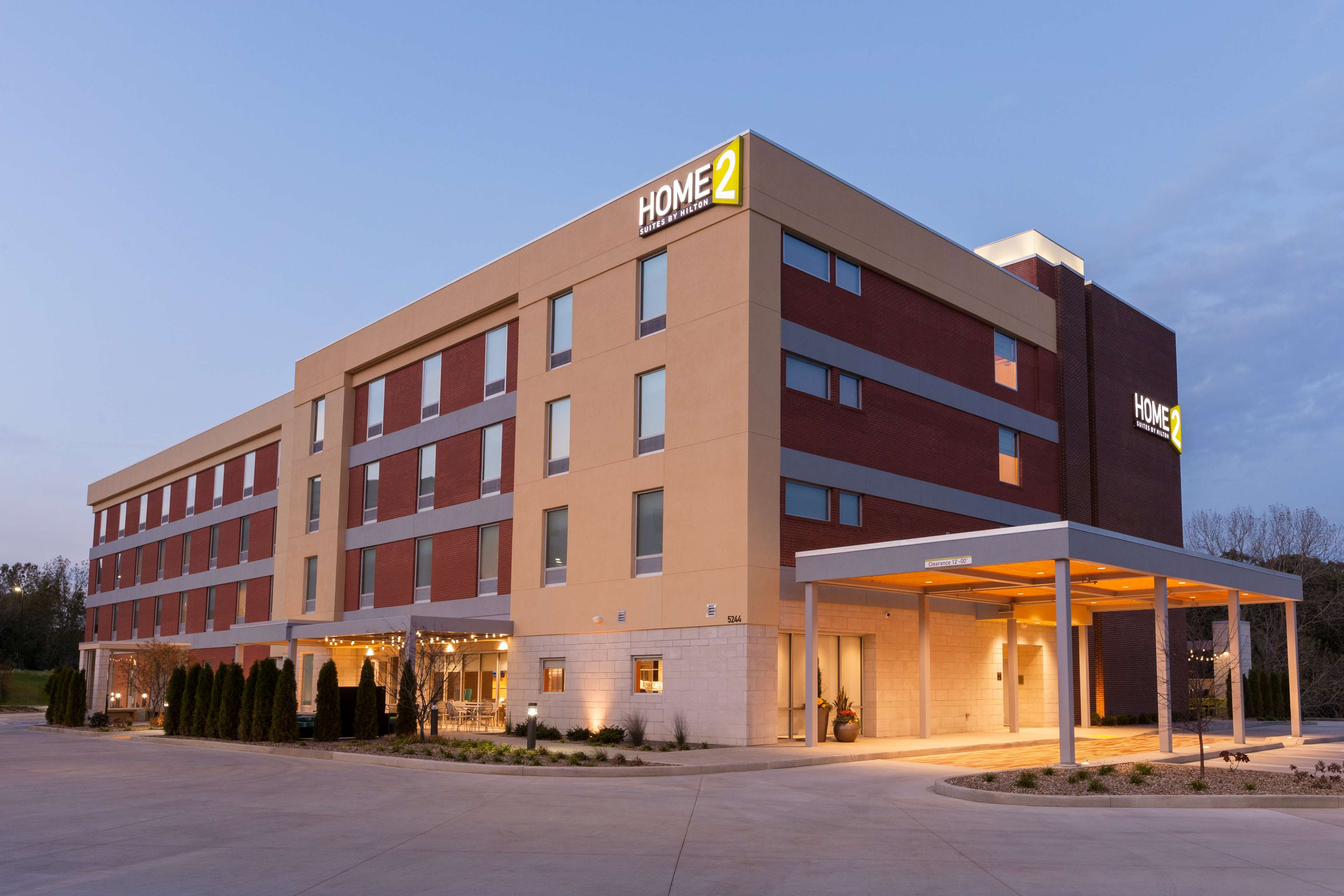 Home2 Suites By Hilton Youngstown West - Austintown image 1
