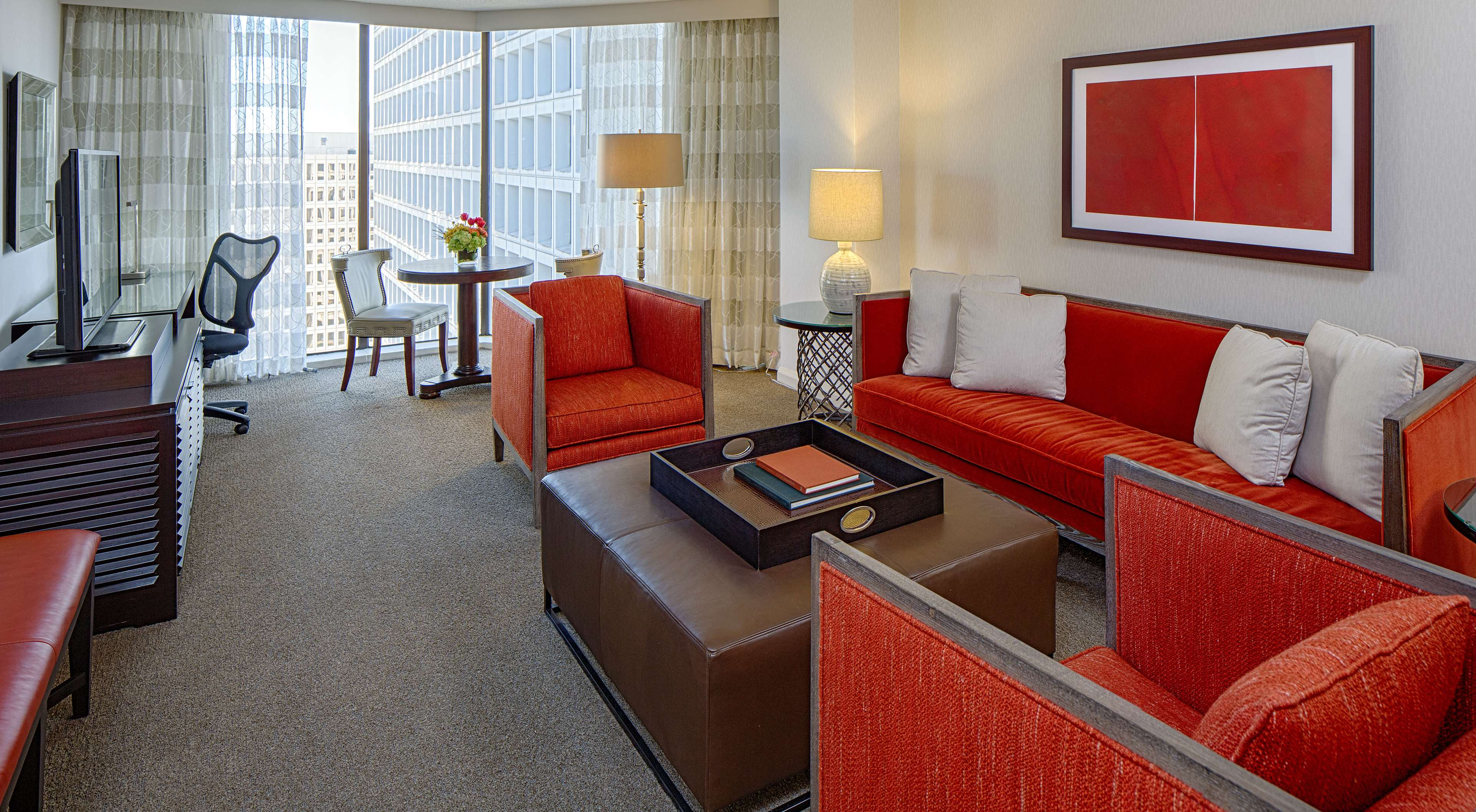 DoubleTree by Hilton Hotel Houston - Greenway Plaza image 24