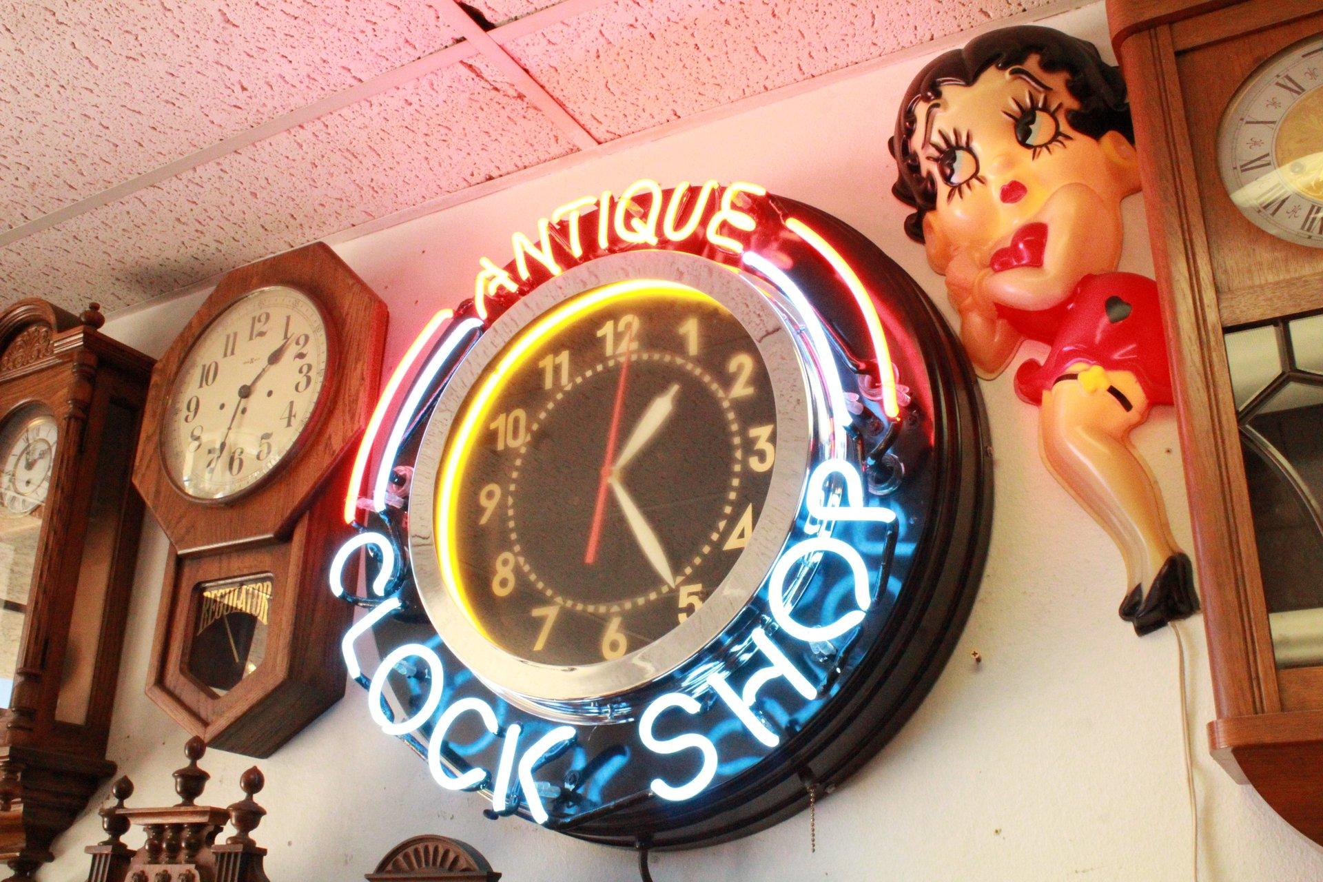 Antique Clock Gallery image 1