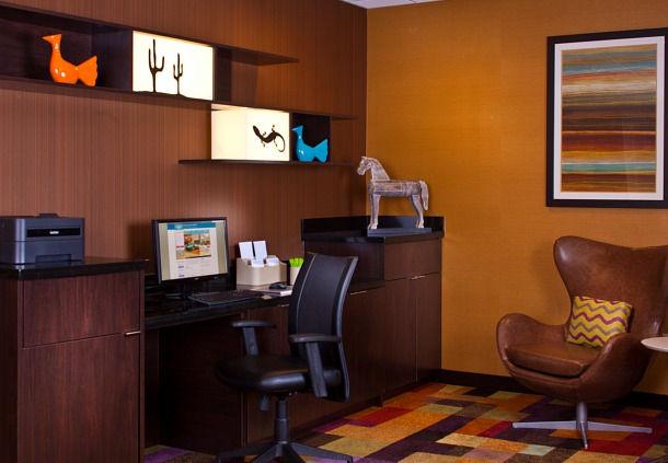 Fairfield Inn & Suites by Marriott Houston Hobby Airport image 7