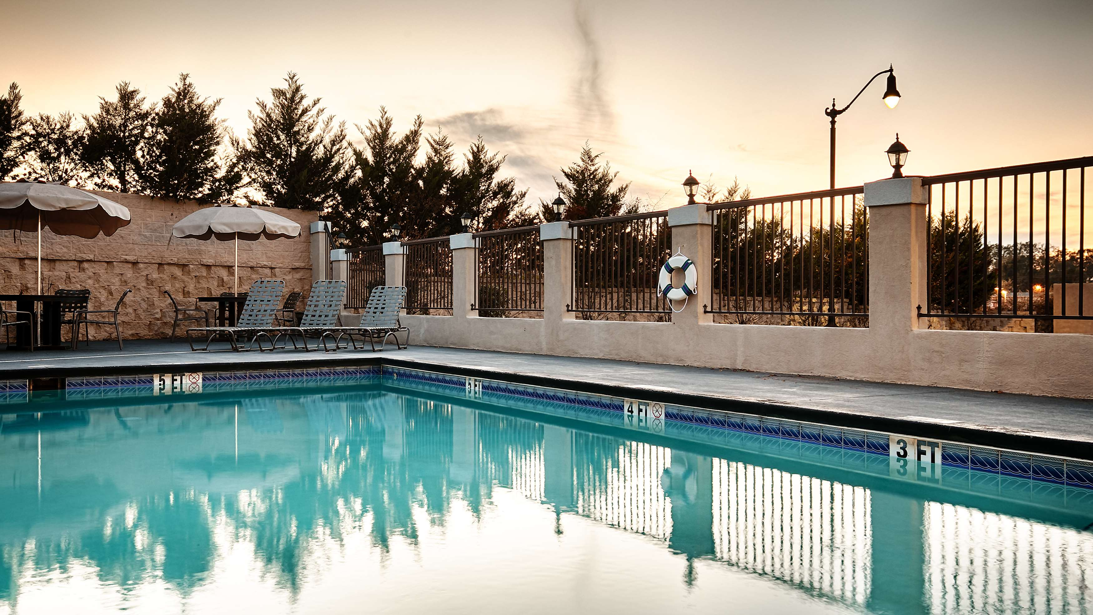 Best Western Plus Circle Inn image 5