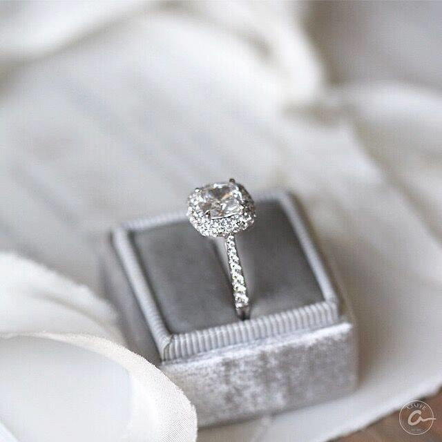 Shelle Jewelers image 2