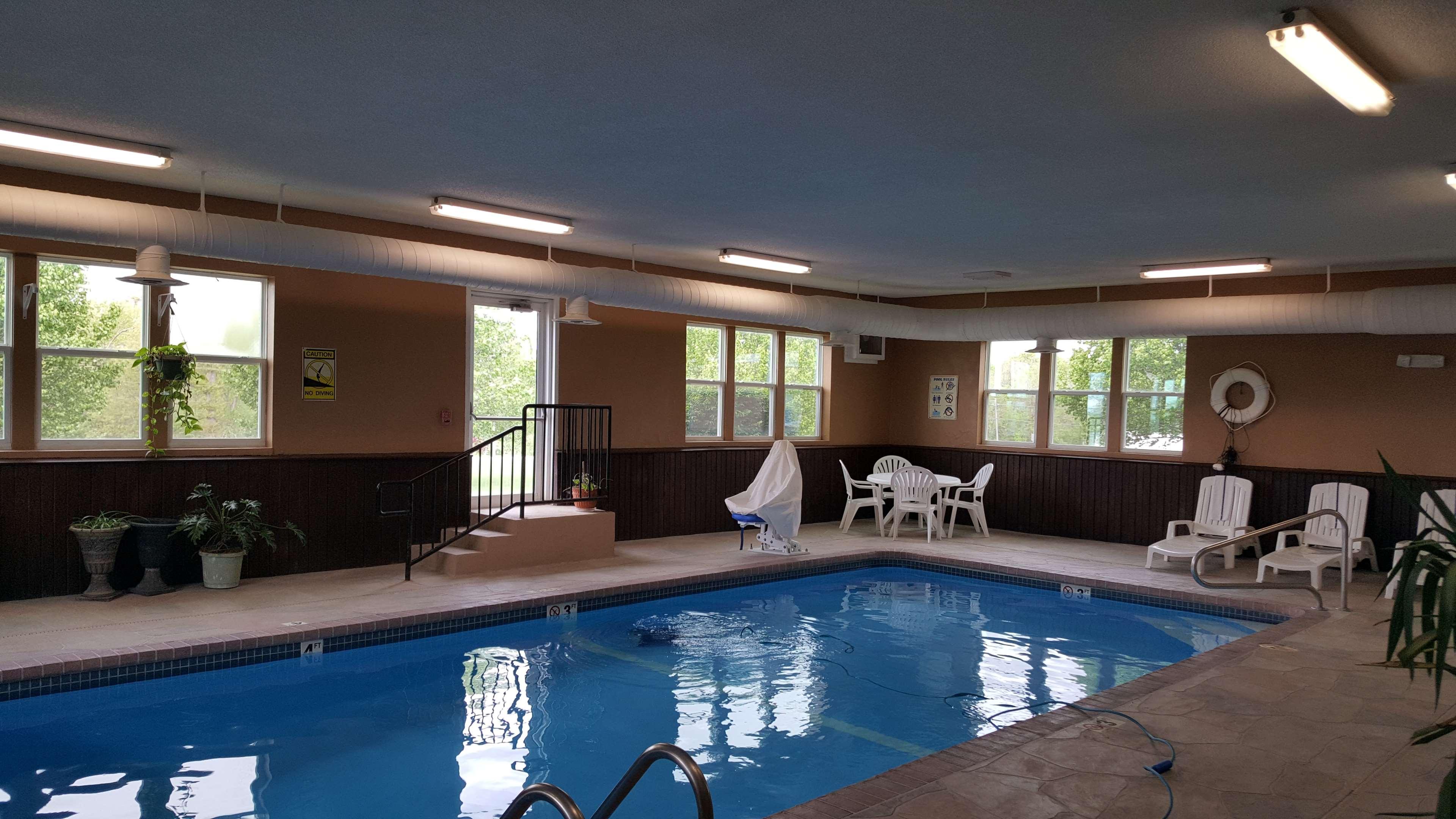 Best Western Teal Lake Inn image 19