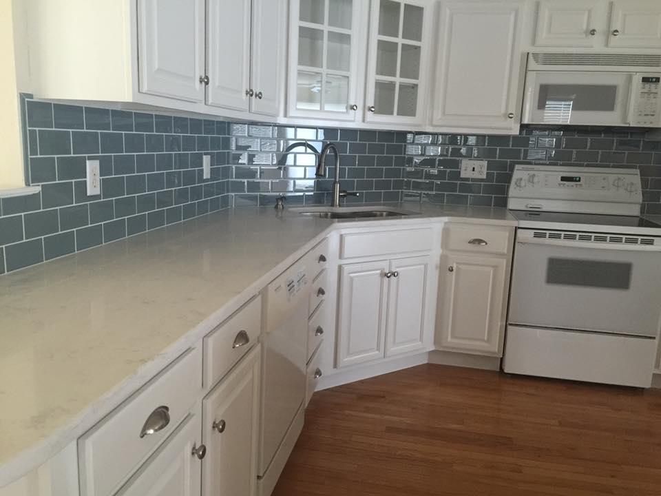 LeClaire Flooring & Design image 1