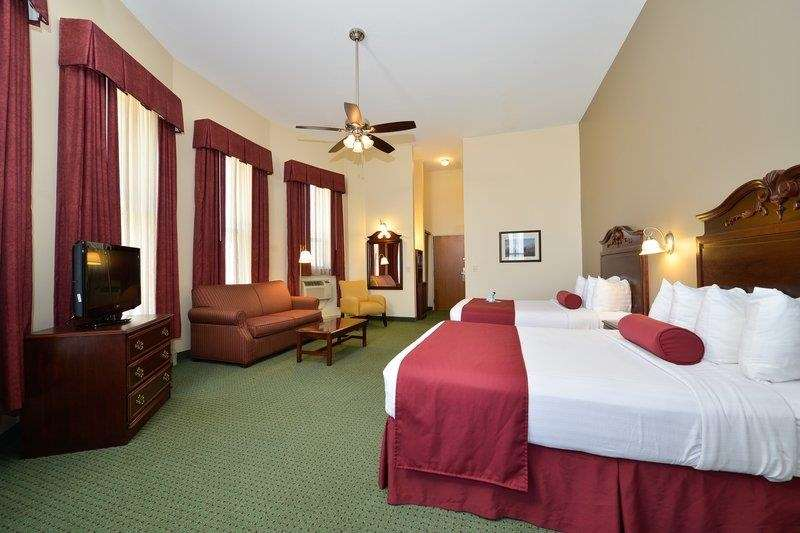 Best Western The Hotel Chequamegon image 10