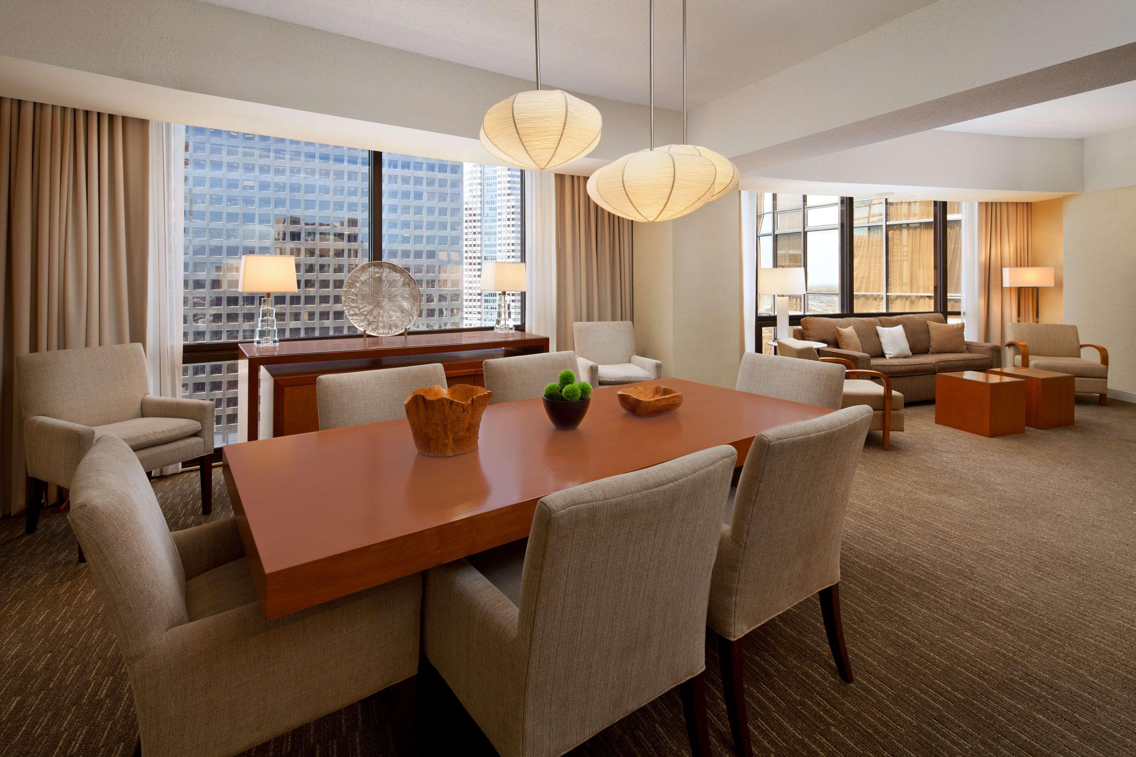 The Westin Bonaventure Hotel & Suites, Los Angeles image 10