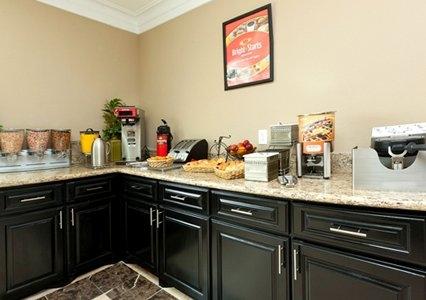Econo Lodge  Inn & Suites - ad image