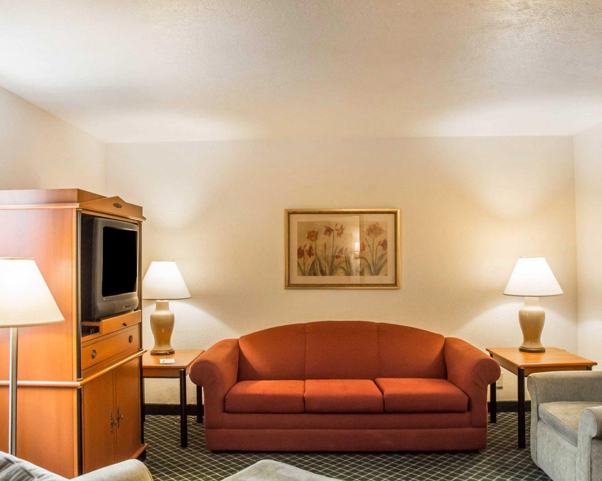 Suburban Extended Stay Hotel Dayton-WP AFB image 11