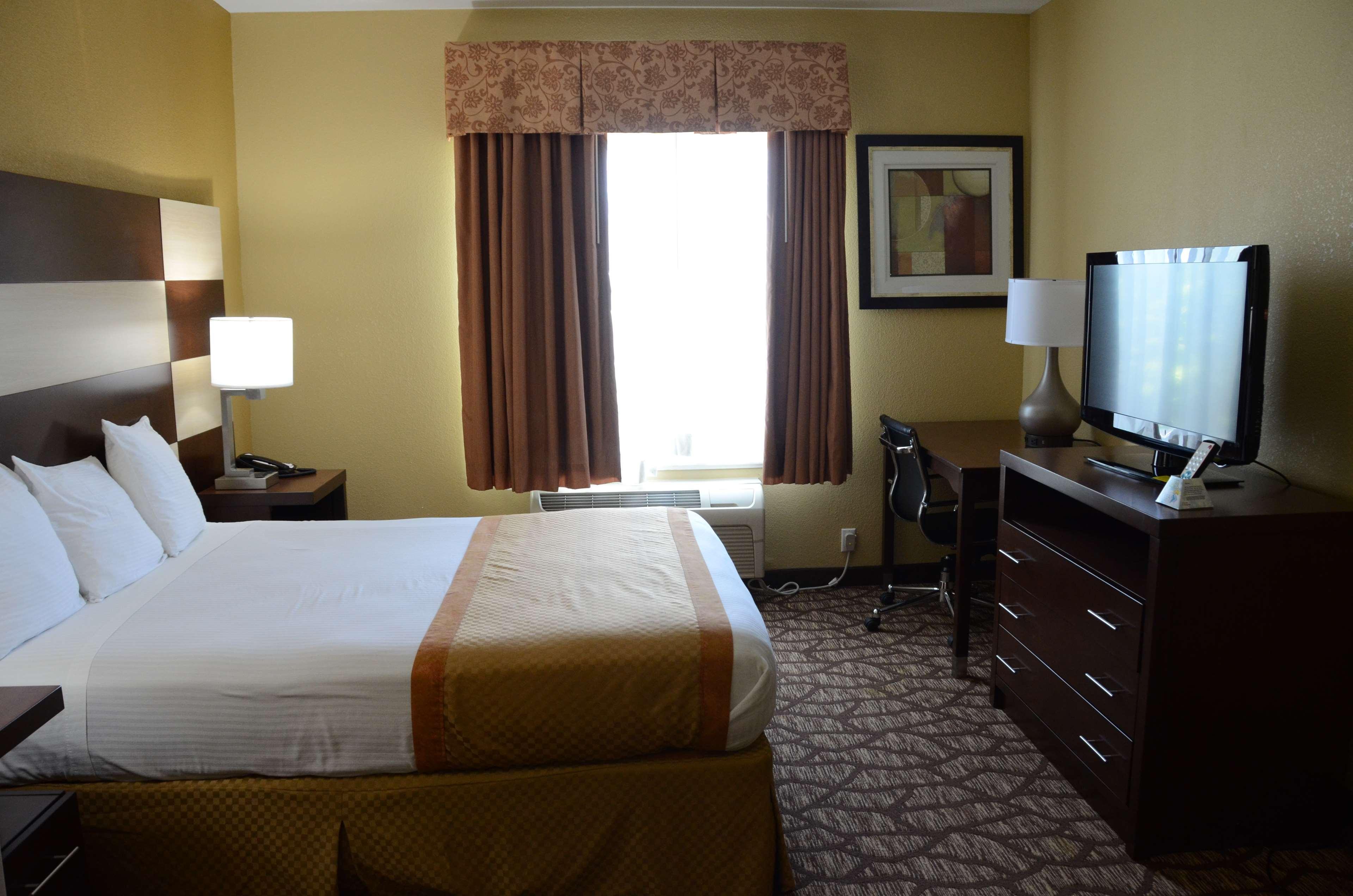 Best Western Joliet Inn & Suites image 23