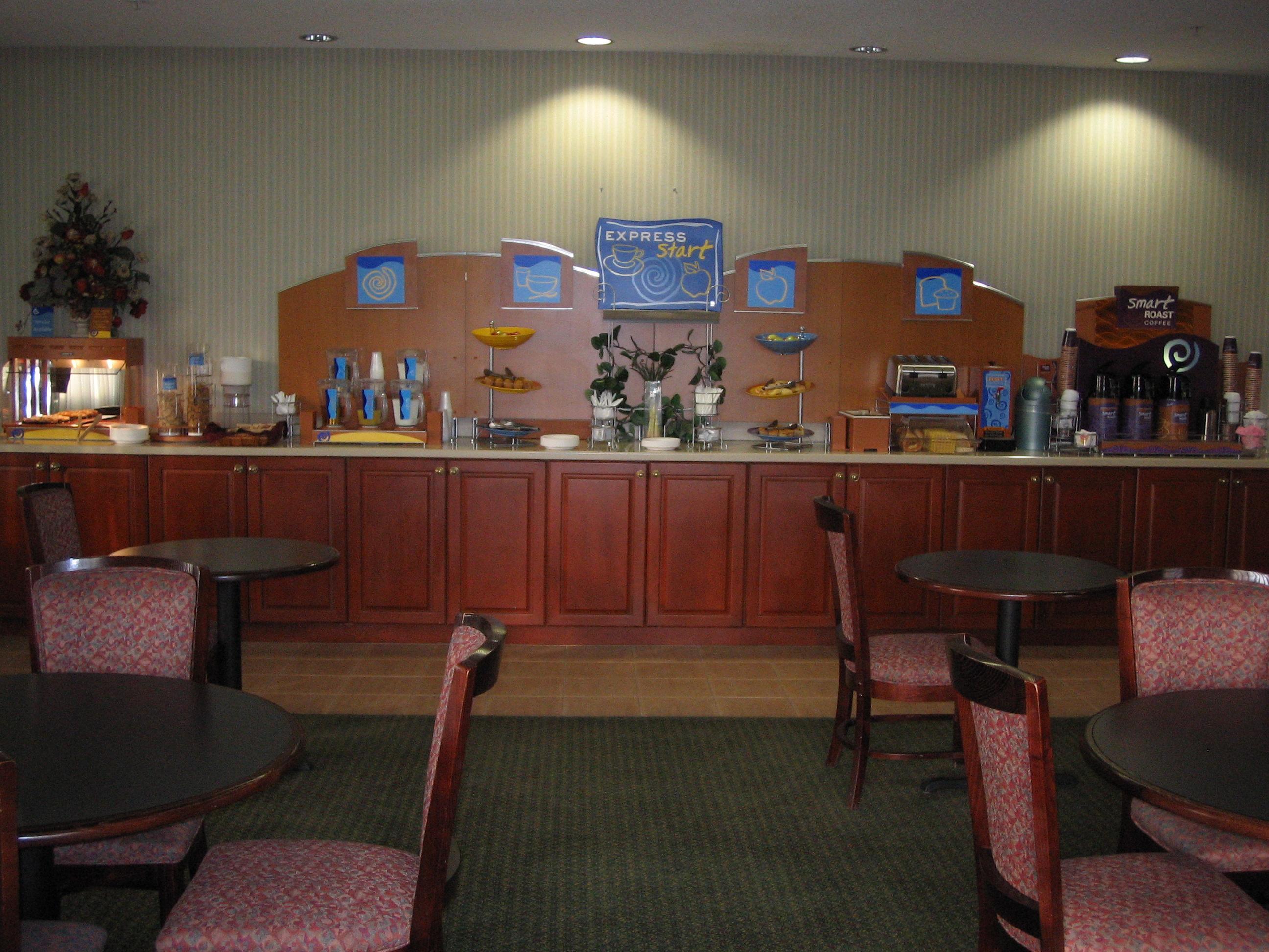Holiday Inn Express Clayton (Se Raleigh) image 3