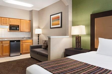 Country Inn & Suites by Radisson, San Jose International Airport, CA image 3