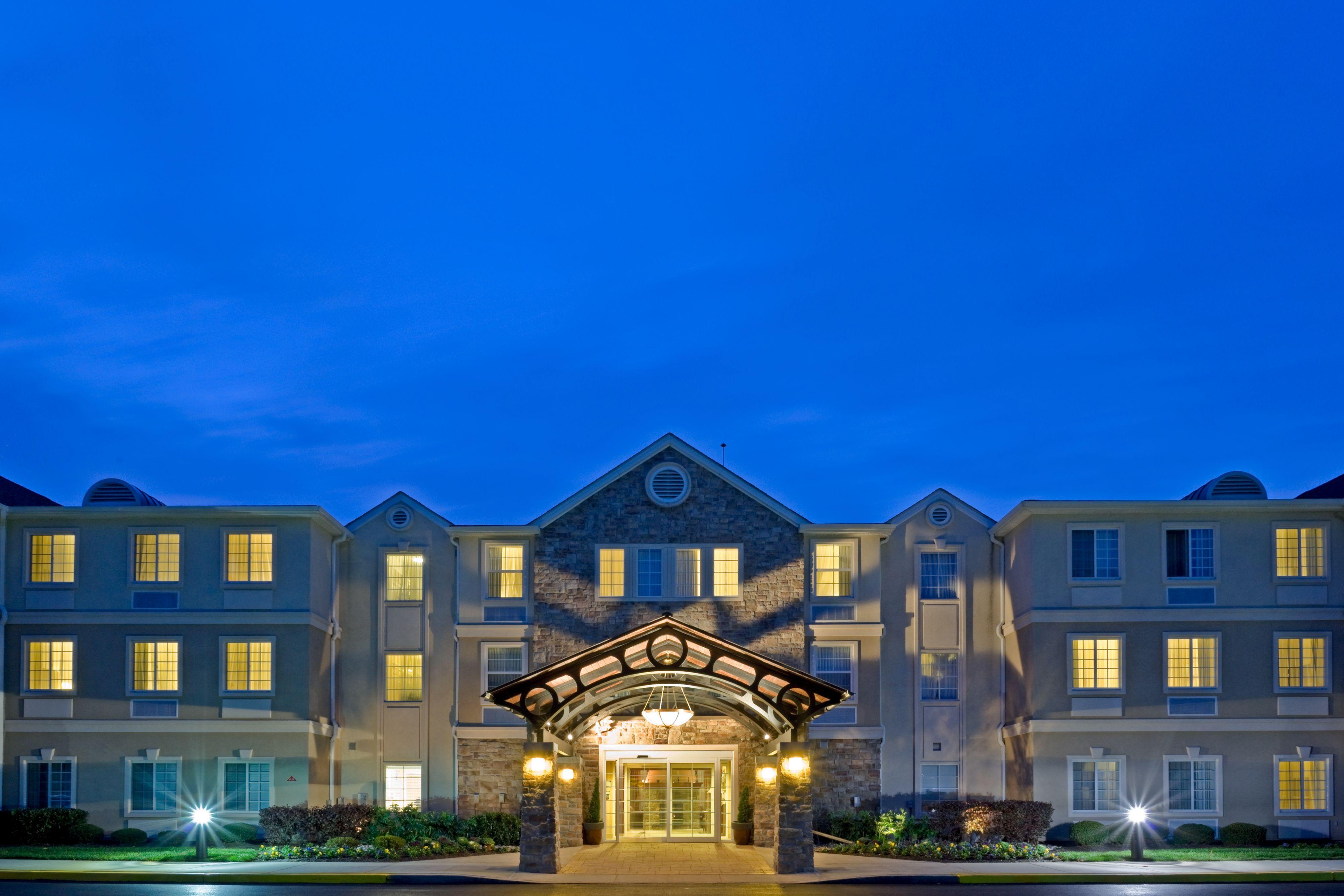 Staybridge suites philadelphia mt laurel coupons mount for Hotels 08054