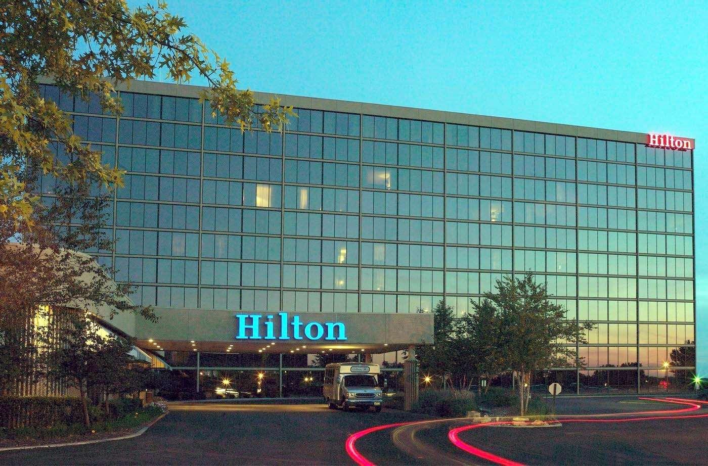 Hilton Kansas City Airport image 1