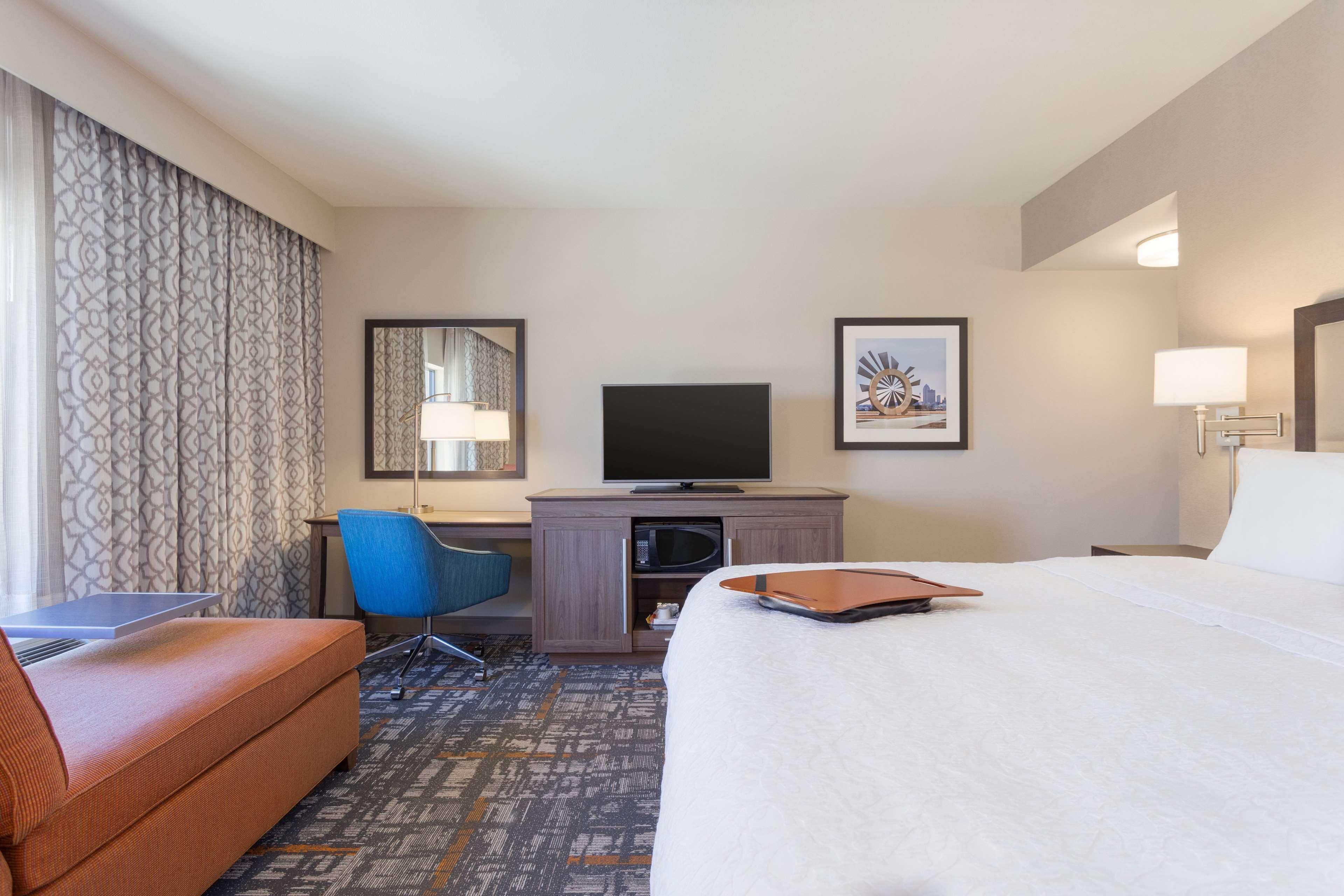 Hampton Inn & Suites West Des Moines/SW Mall Area image 23