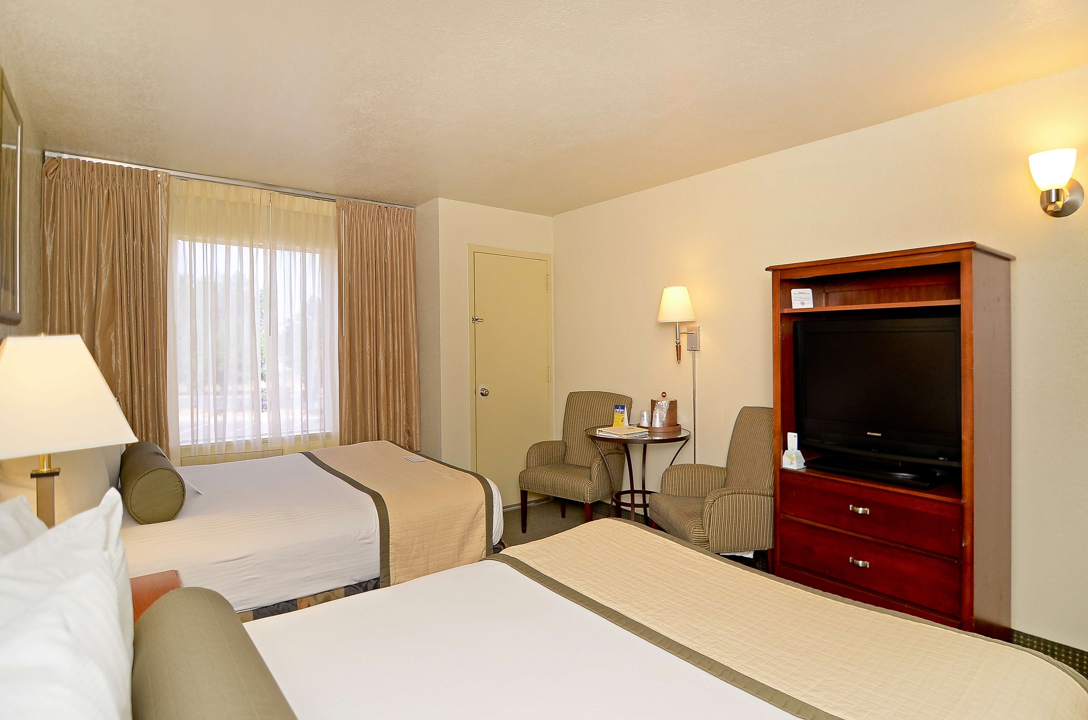 Best Western Plus Lawton Hotel & Convention Center image 46
