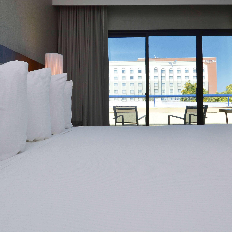 DoubleTree by Hilton Hotel Newark - Fremont image 18