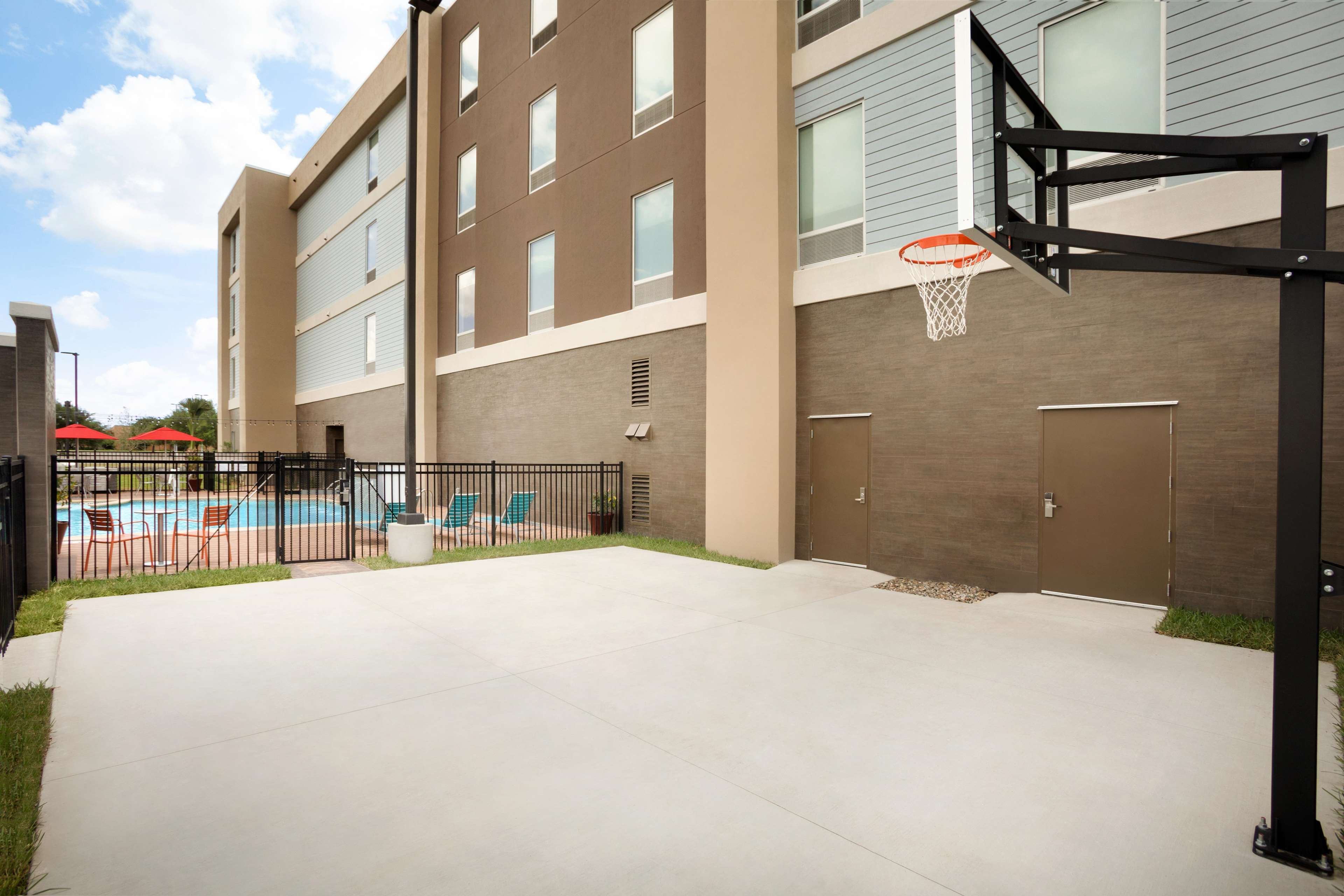 Home2 Suites by Hilton McAllen image 38
