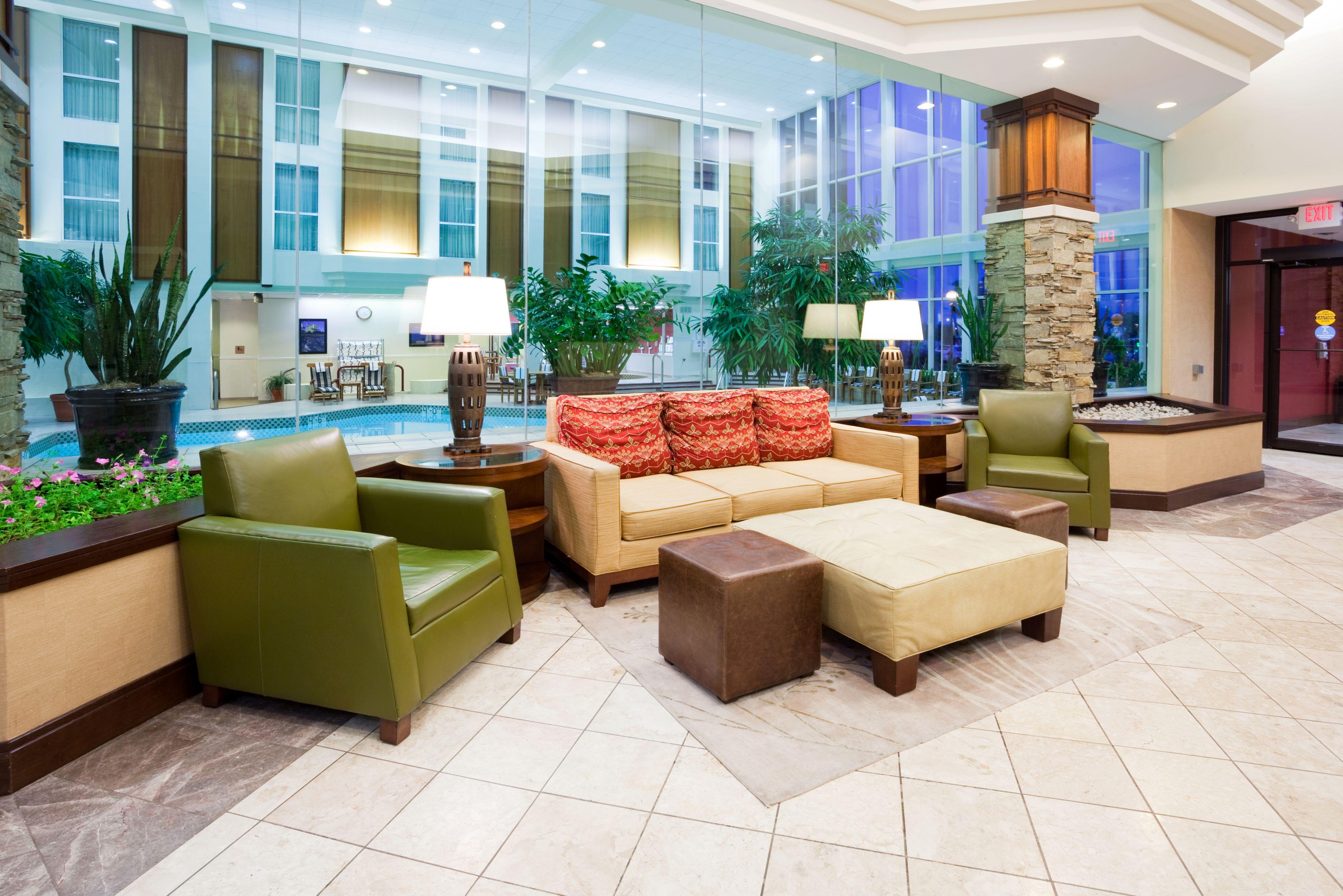 Crowne Plaza Madison image 5