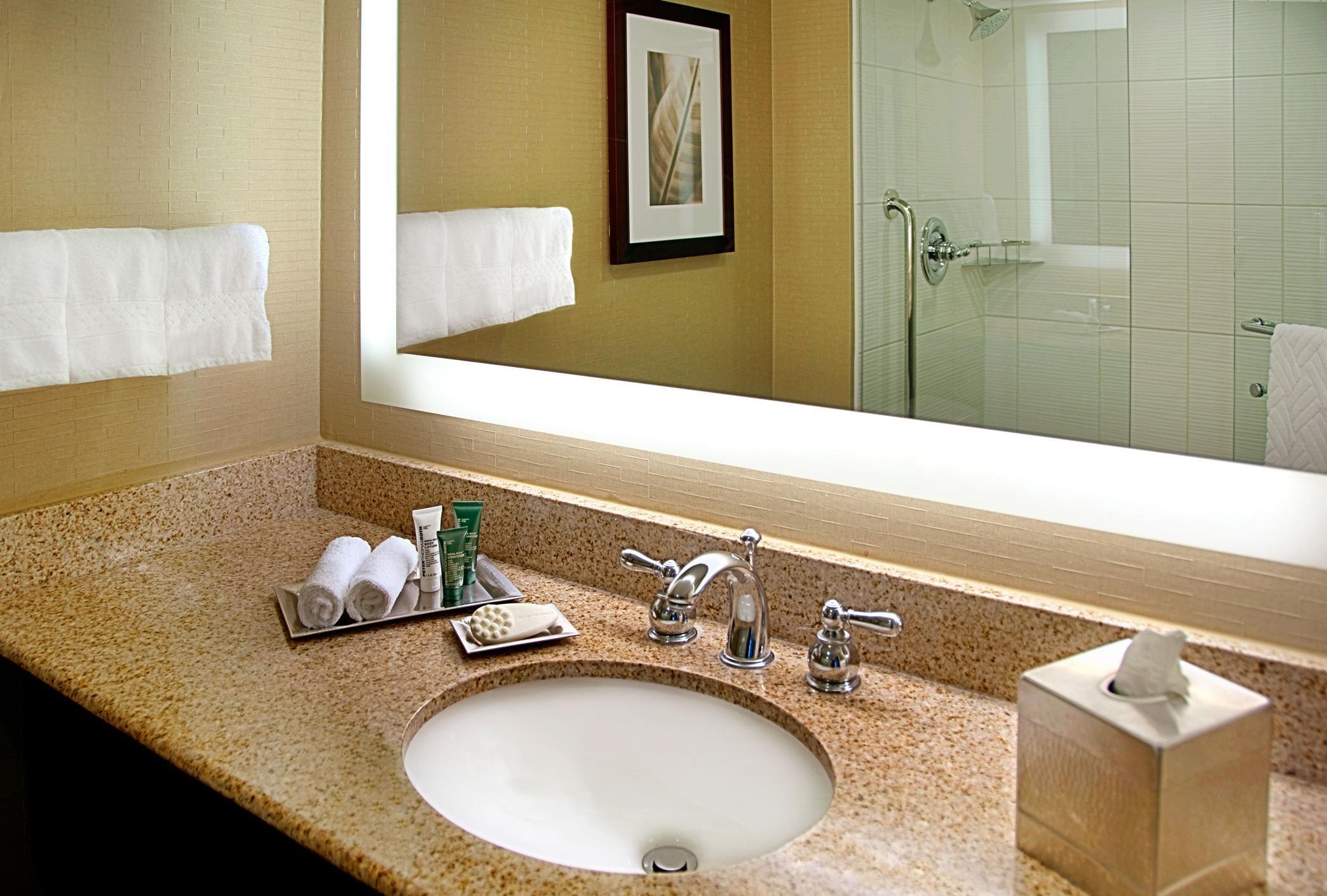 Hilton Singer Island Oceanfront/Palm Beaches Resort image 15