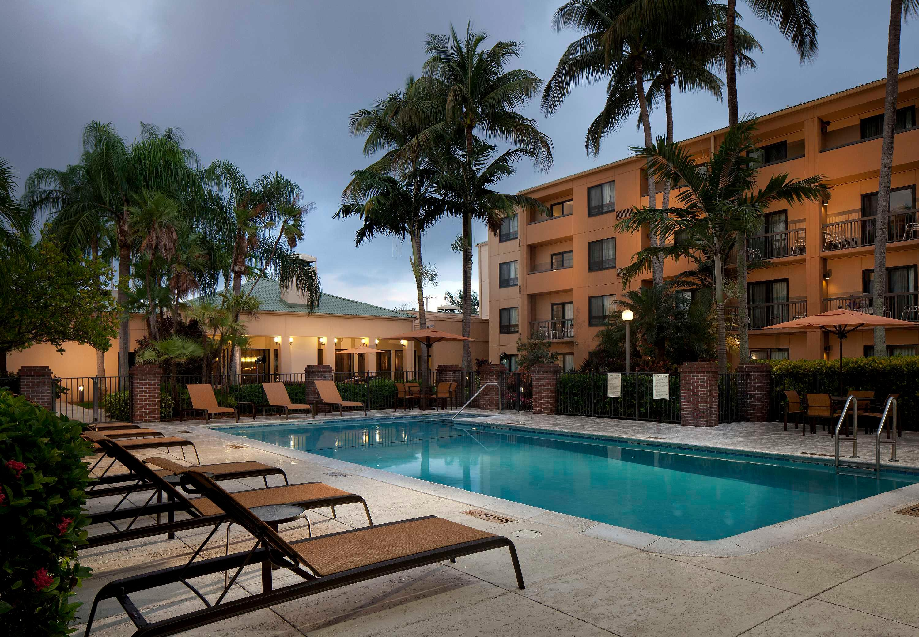 Courtyard by Marriott Miami Lakes image 23
