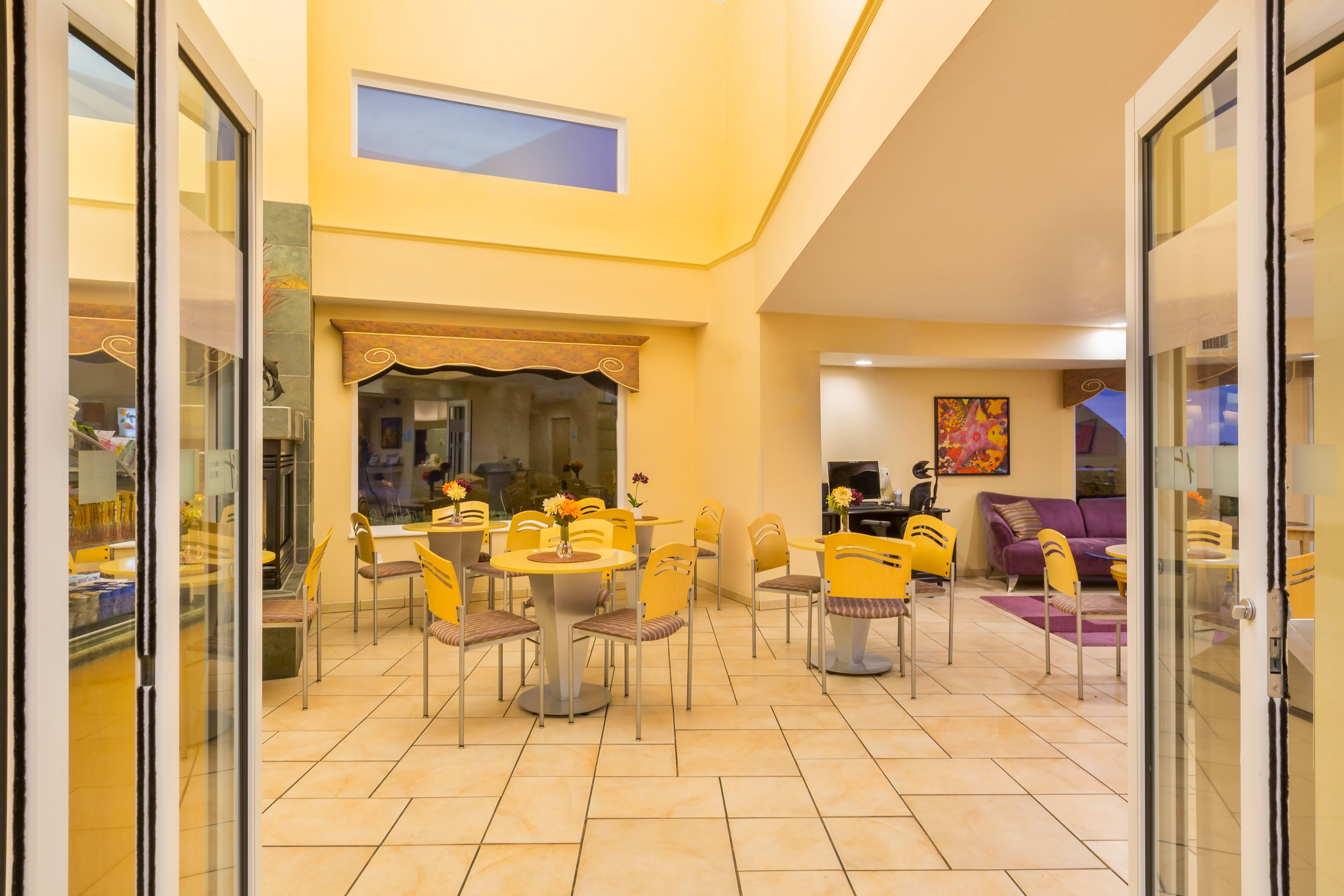Holiday Inn Express & Suites Pacifica image 5