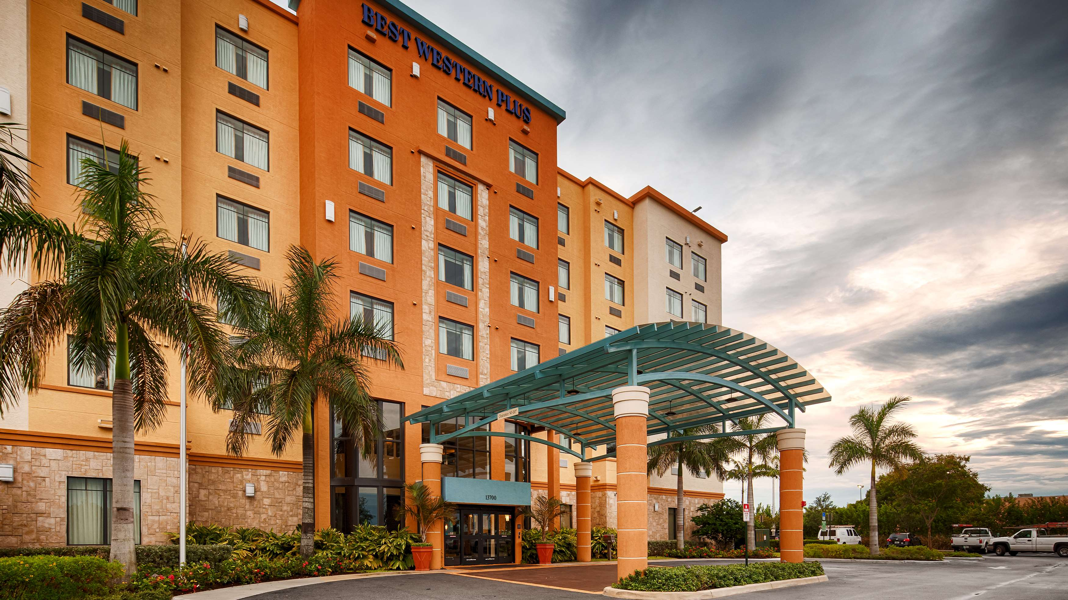 Best Western Plus Kendall Airport Hotel & Suites image 0