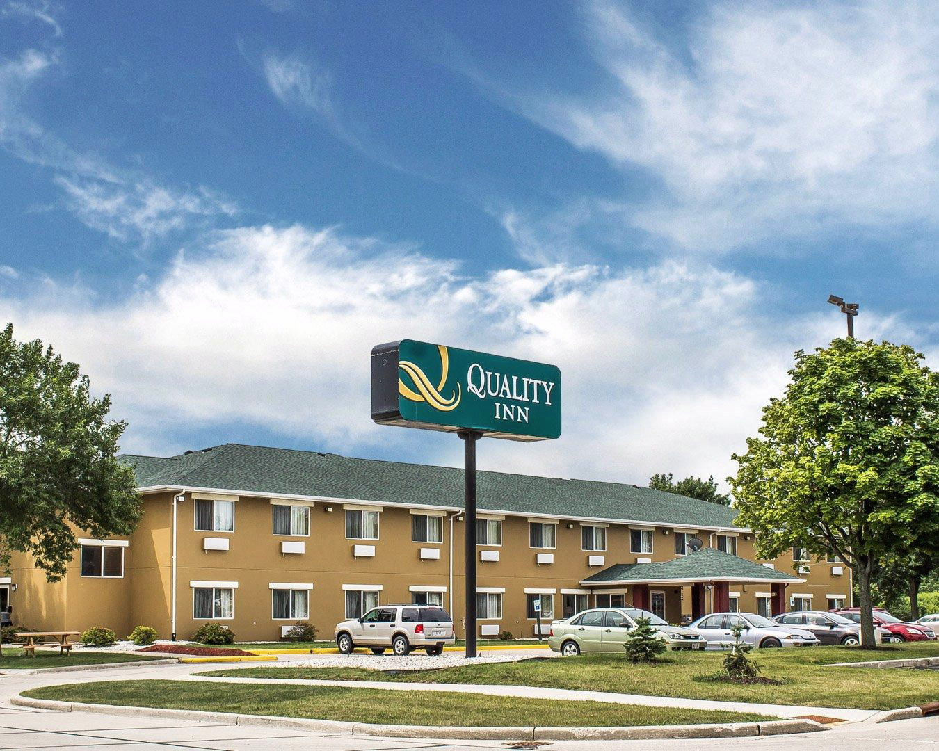 Quality Inn In Manitowoc Wi Whitepages