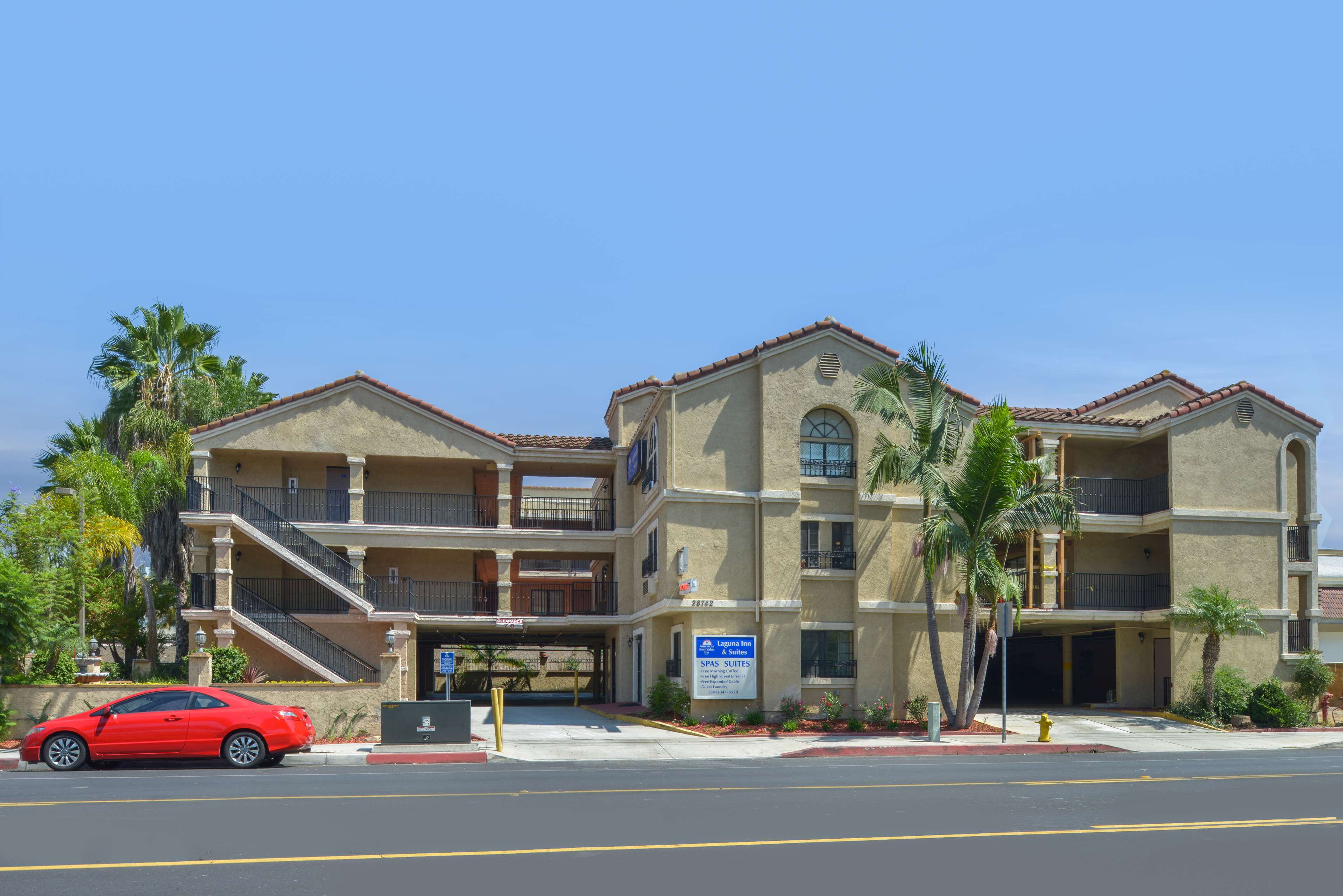 Americas Best Value Laguna Inn & Suites image 1