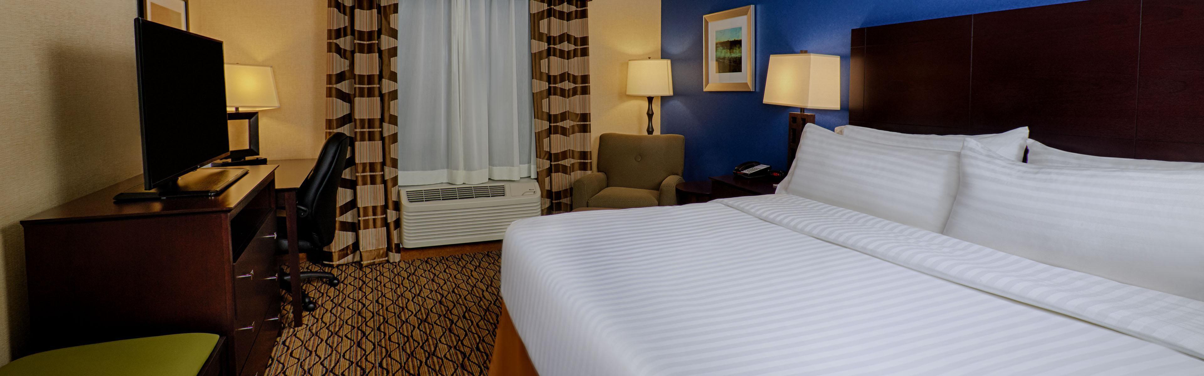 Holiday Inn Express Bordentown - Trenton South image 1