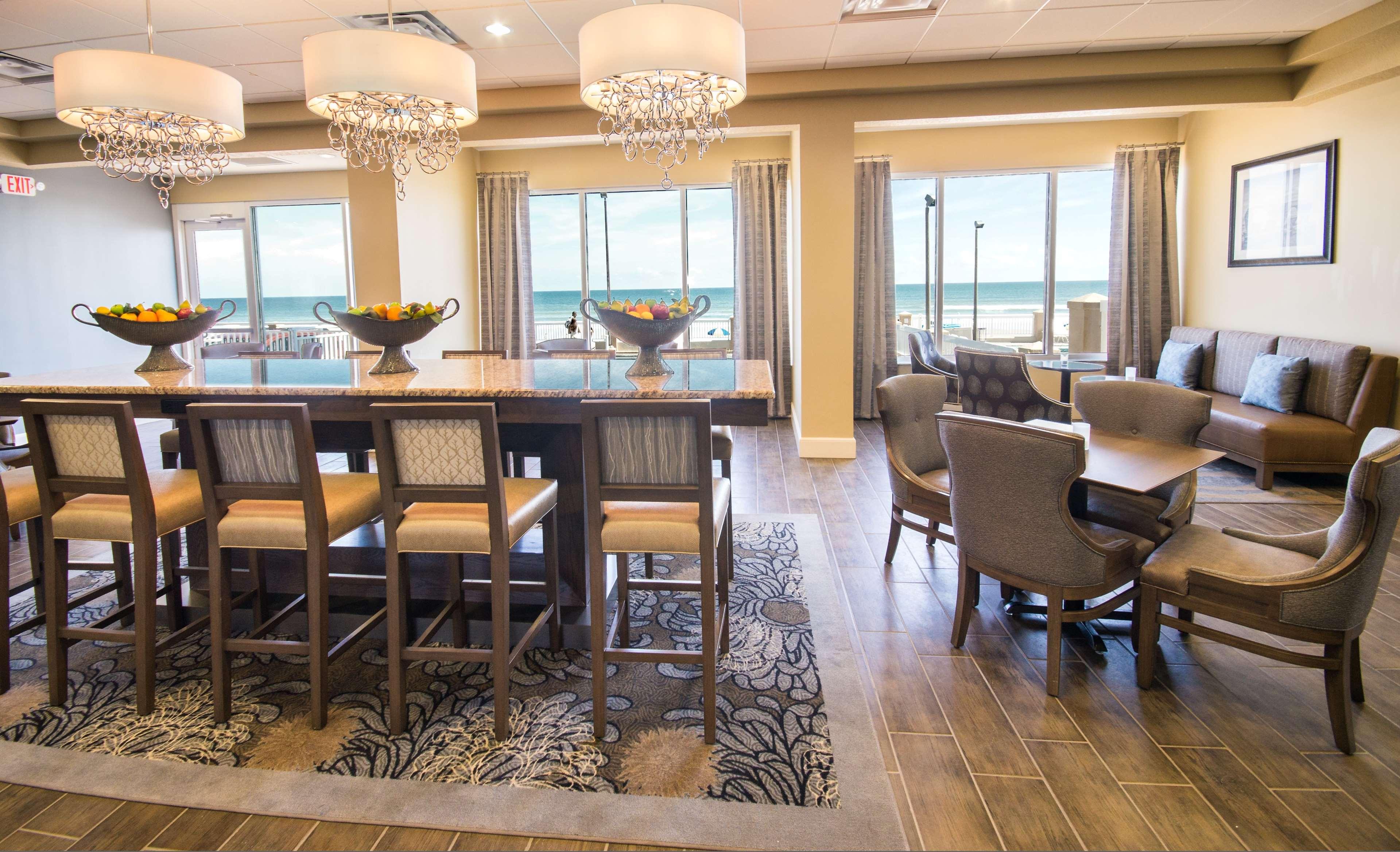 Hampton Inn Daytona Shores-Oceanfront image 9