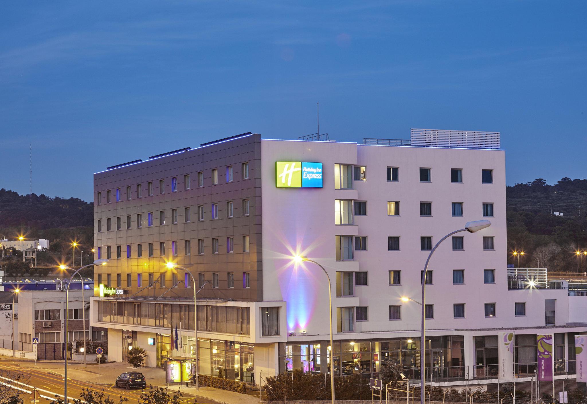 Holiday Inn Express Lisbon - Alfragide, an IHG Hotel