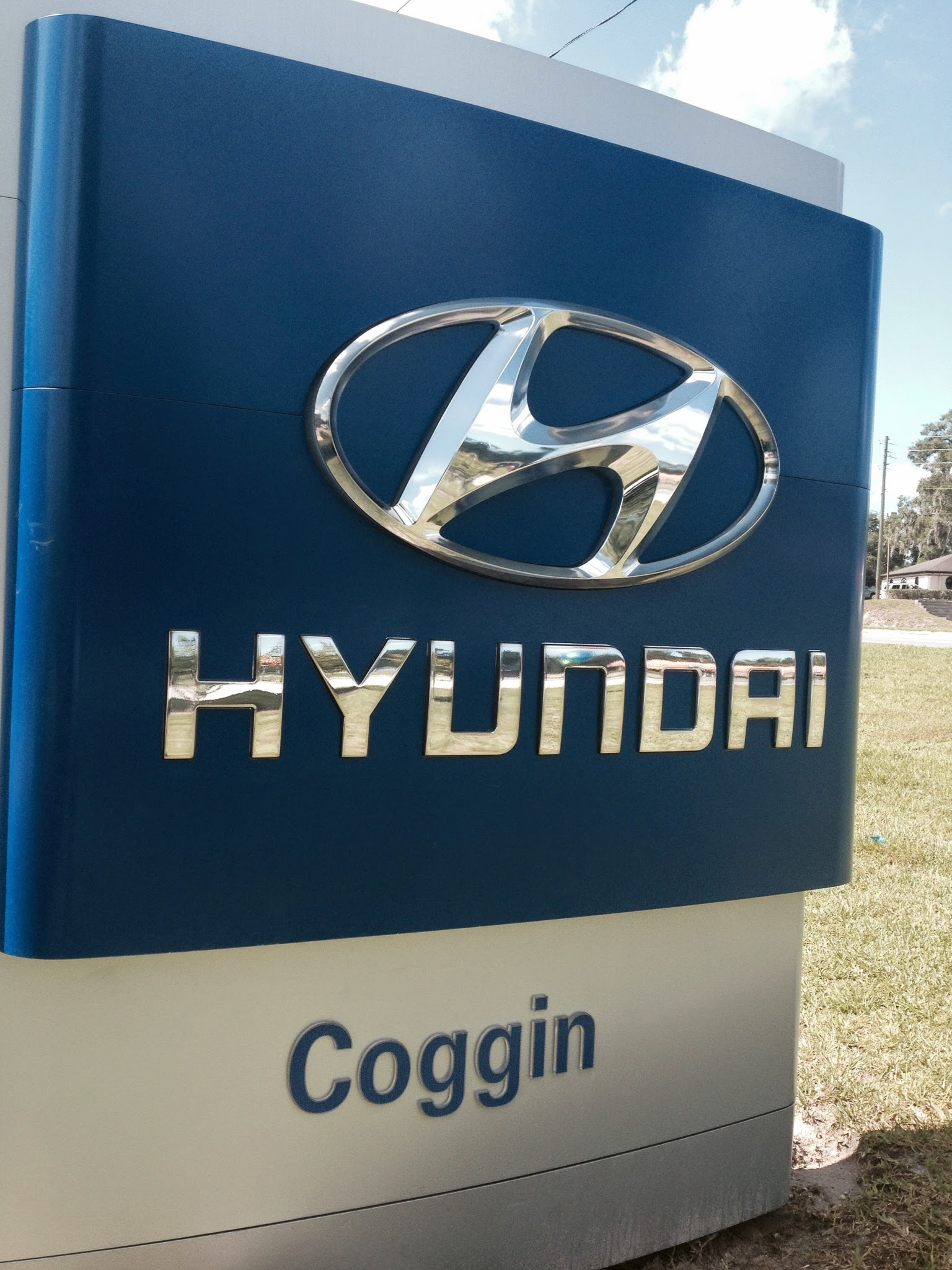 Coggin Deland Hyundai image 13