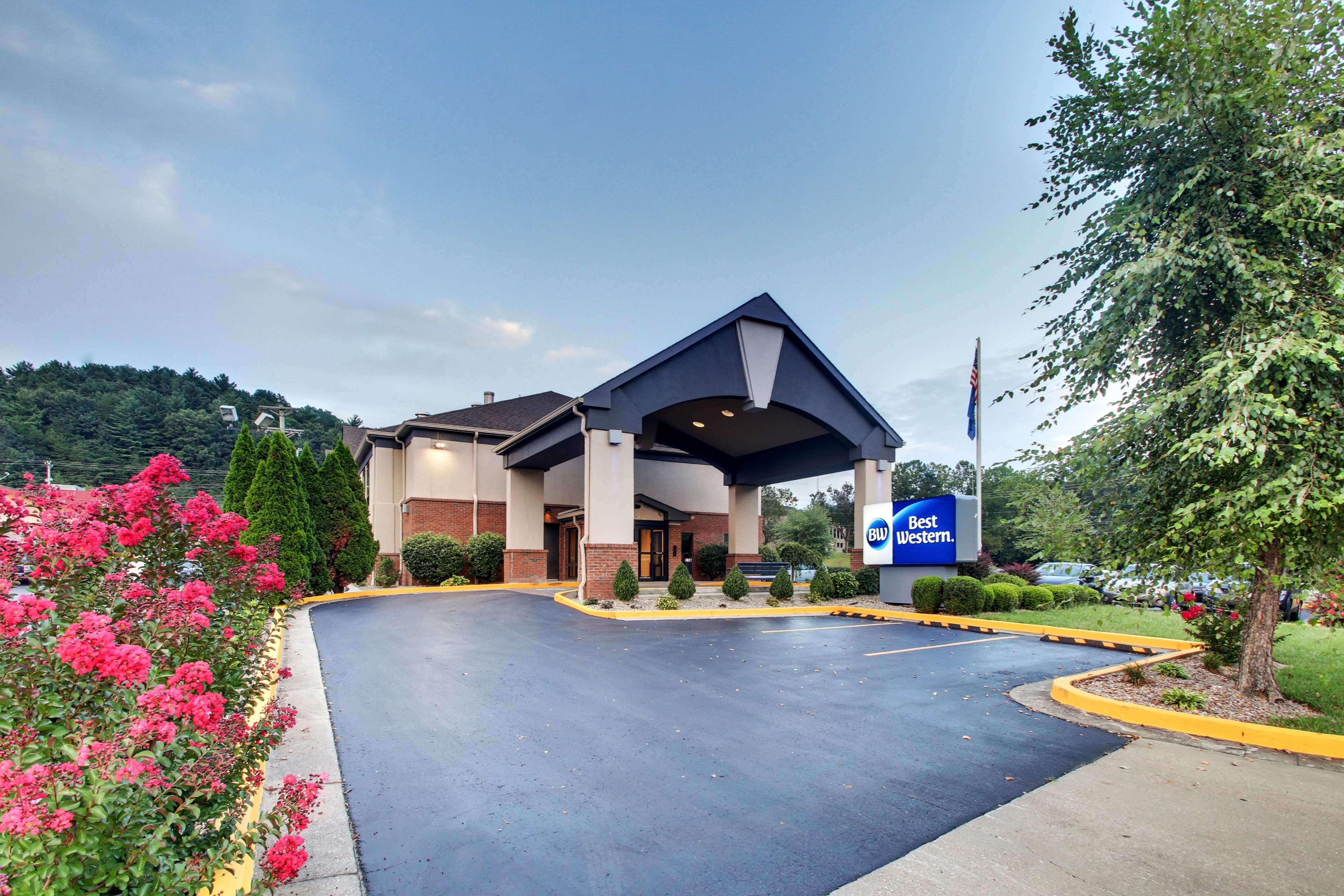 Best Western Eagles Inn image 2