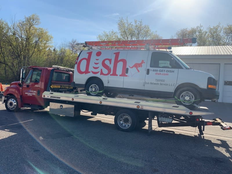 Rush2You Towing & Roadside Assistance image 34