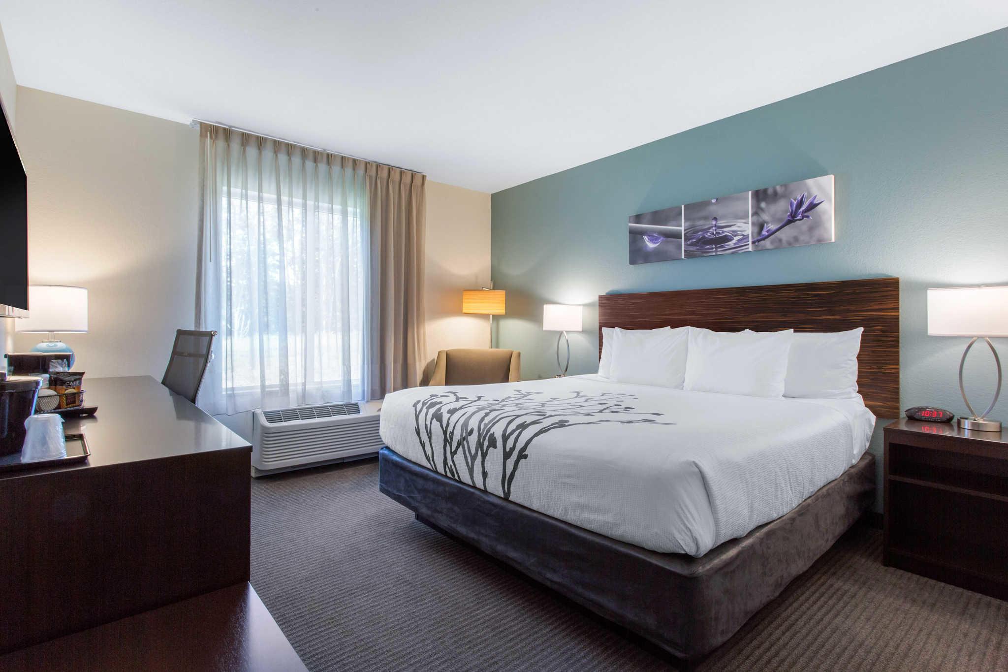 Sleep Inn & Suites Monroe - Woodbury image 0